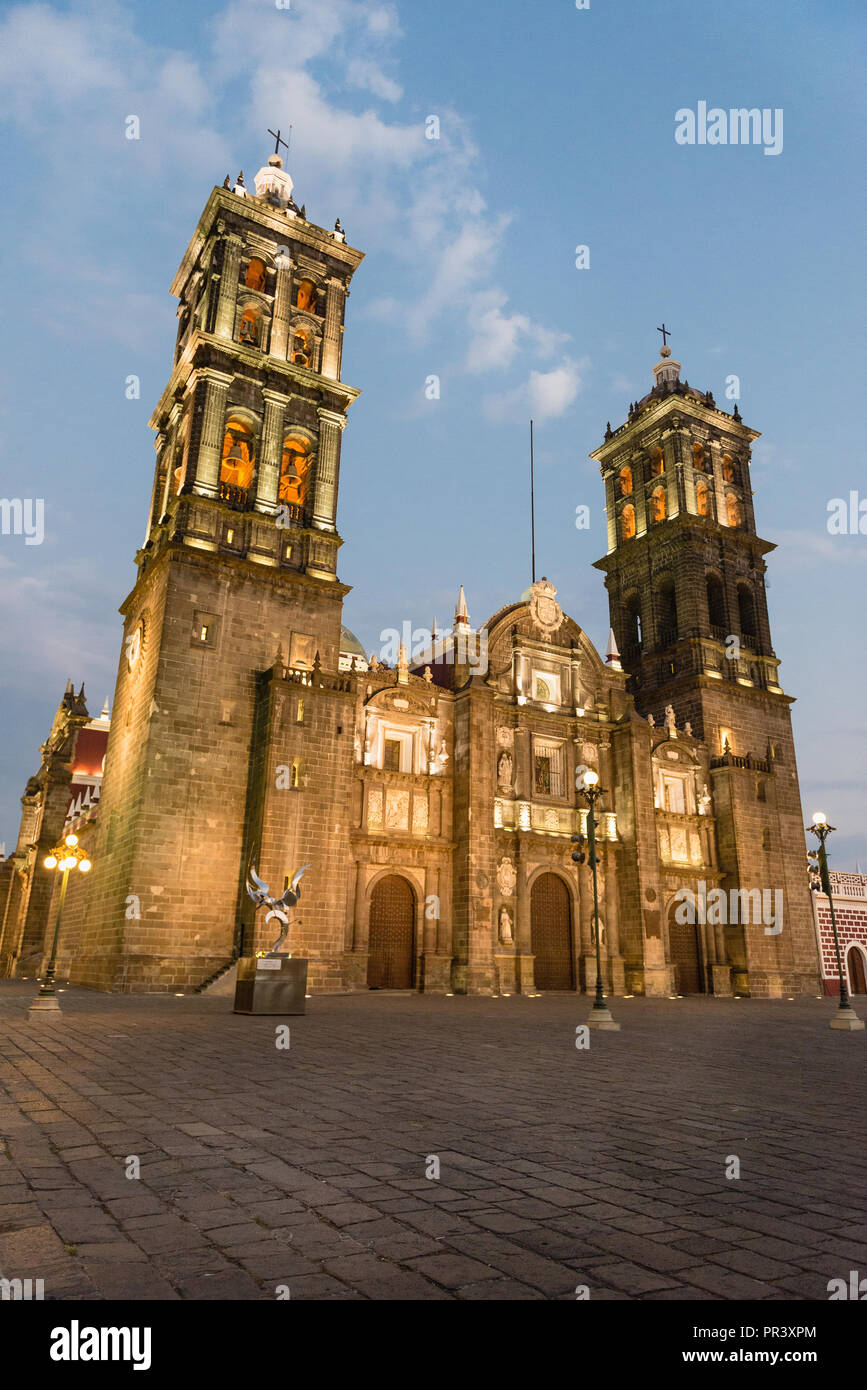 Exterior of Puebla Cathedral at night. - Stock Image