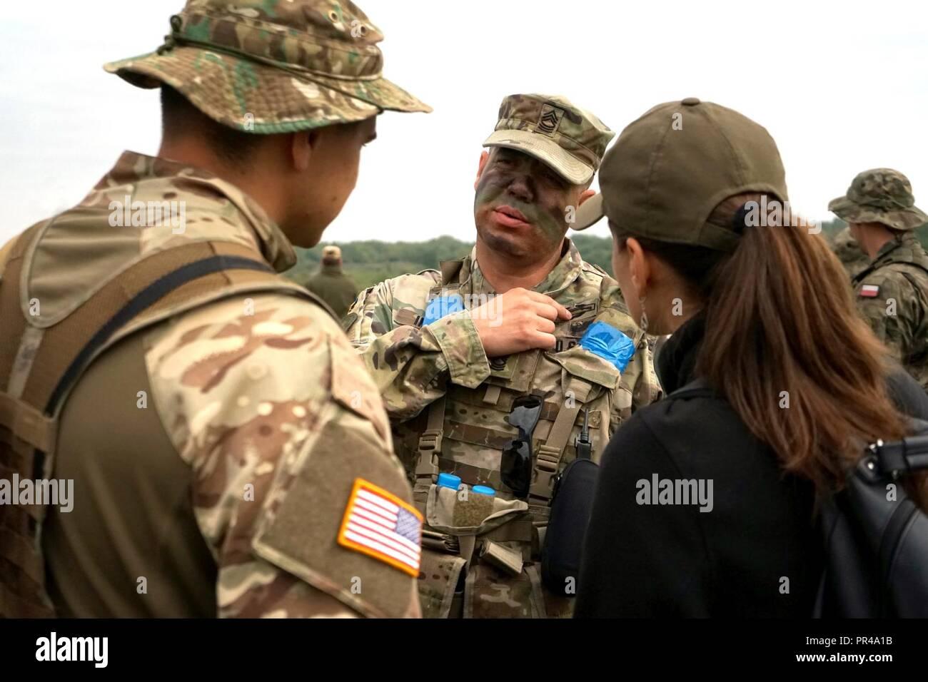 Ukrainian Army Military Flag Patch Tryzub Coat of Arms Camo Uniform