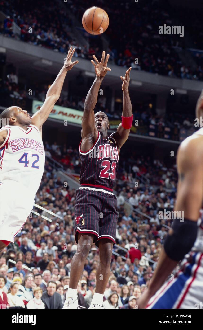 Chicago Bulls Michael Jordan Stock Photos & Chicago Bulls