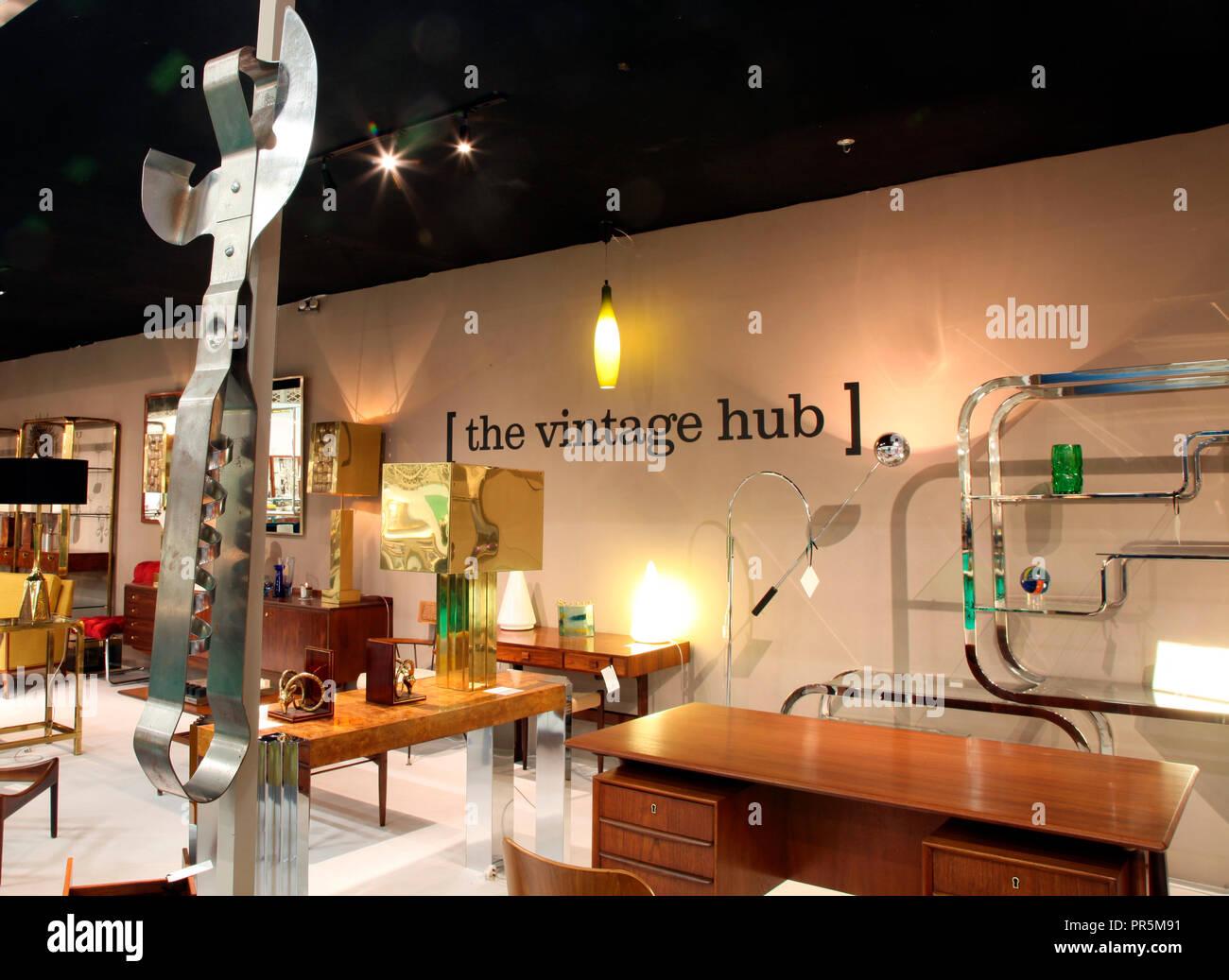 The Vintage Hub Stand at Timeless, the IADA Fair, Dublin 2018 - Stock Image