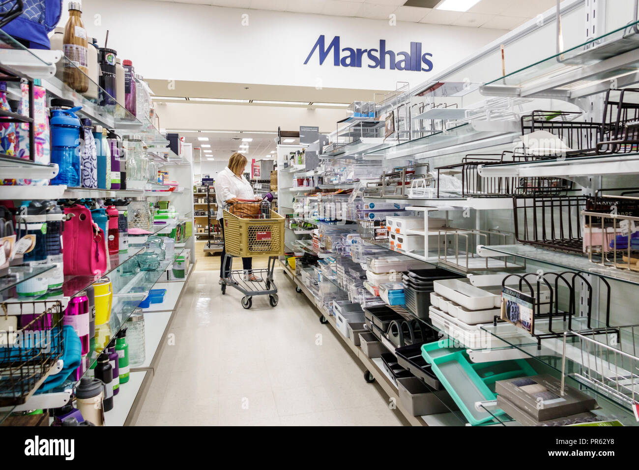 Miami Florida Kendall The Palms at Town & Country Mall Marshalls discount department store inside shopping display sale aisle cart trolley - Stock Image