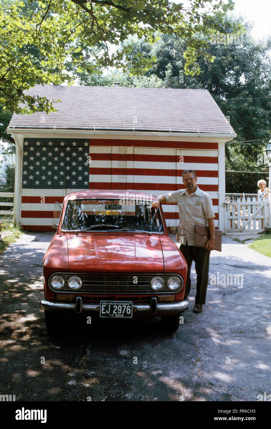 The Staley's, Residents of Suburban Lakewood, Recently Spruced Up the Doors of Their 50-Year-Old Garage with Red, White and Blue Paint - Stock Image
