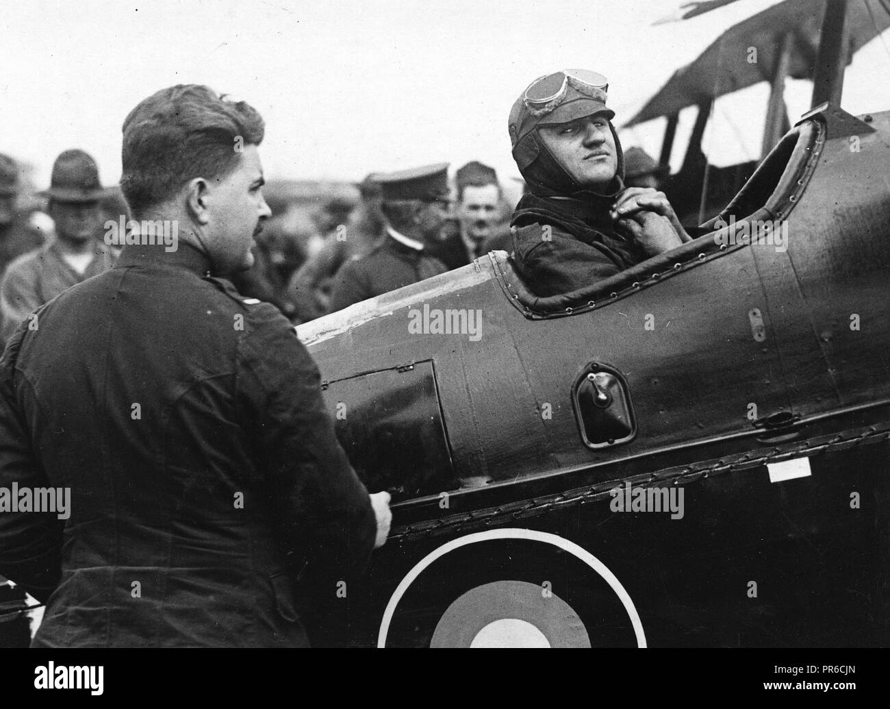Captain Donaldson, U.S.A., at Mineola ready to 'hop off' for Canada - Stock Image
