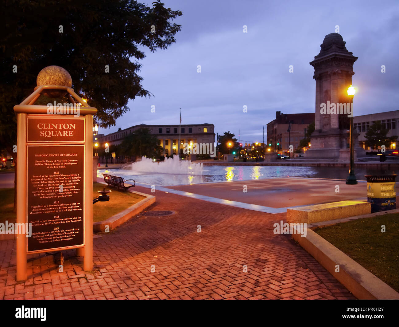Syracuse, New York, USA. September 29, 2018. Plaque in Clinton Square in downtown Syracuse, NY, describing it's history and that of the Erie Canal whi - Stock Image