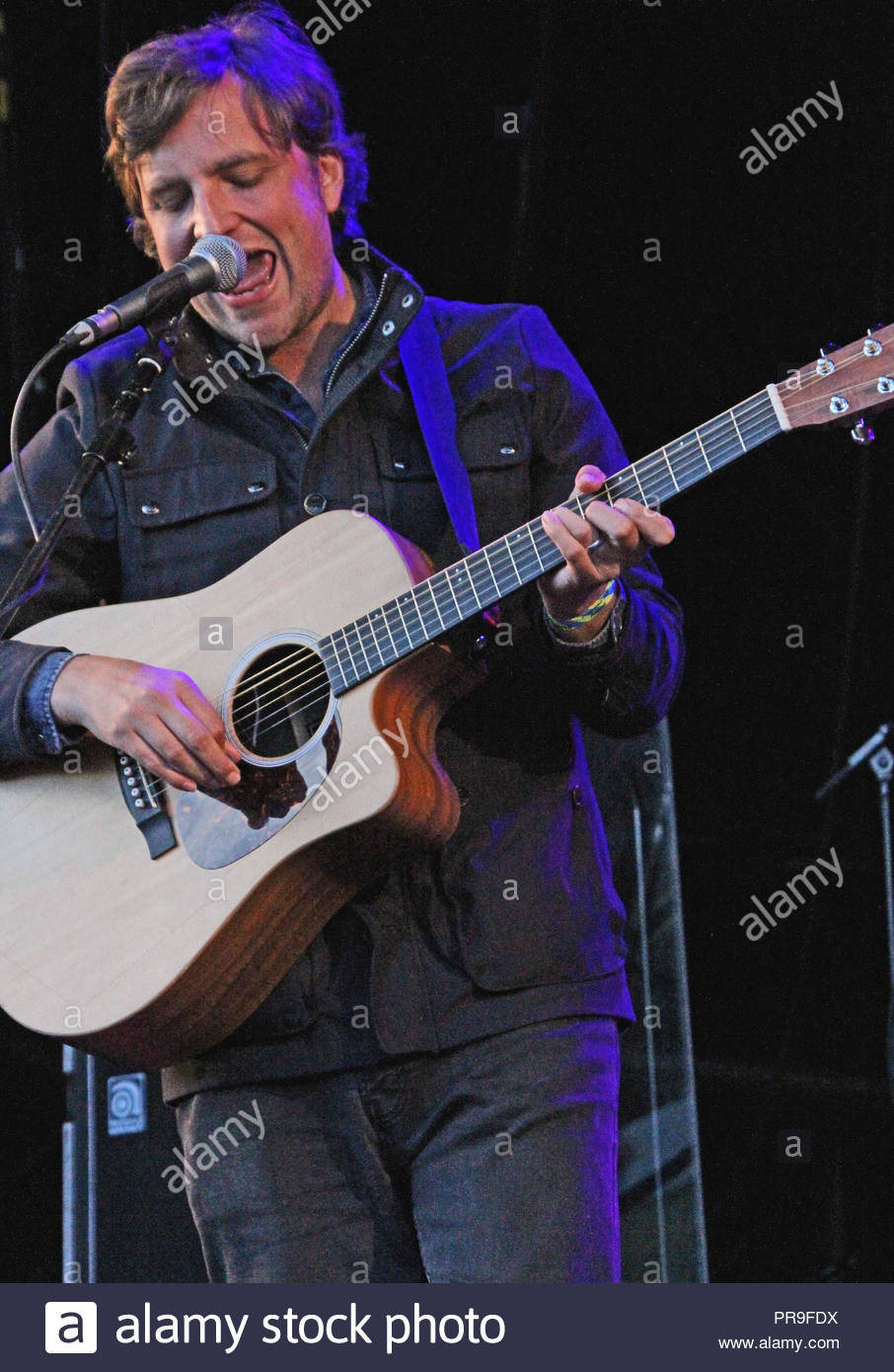 James Walsh (starsailor) supports James at a sold out Delamere Forest in Cheshire as part of their Forest Live concerts on Sunday 05  July 2015 - Stock Image