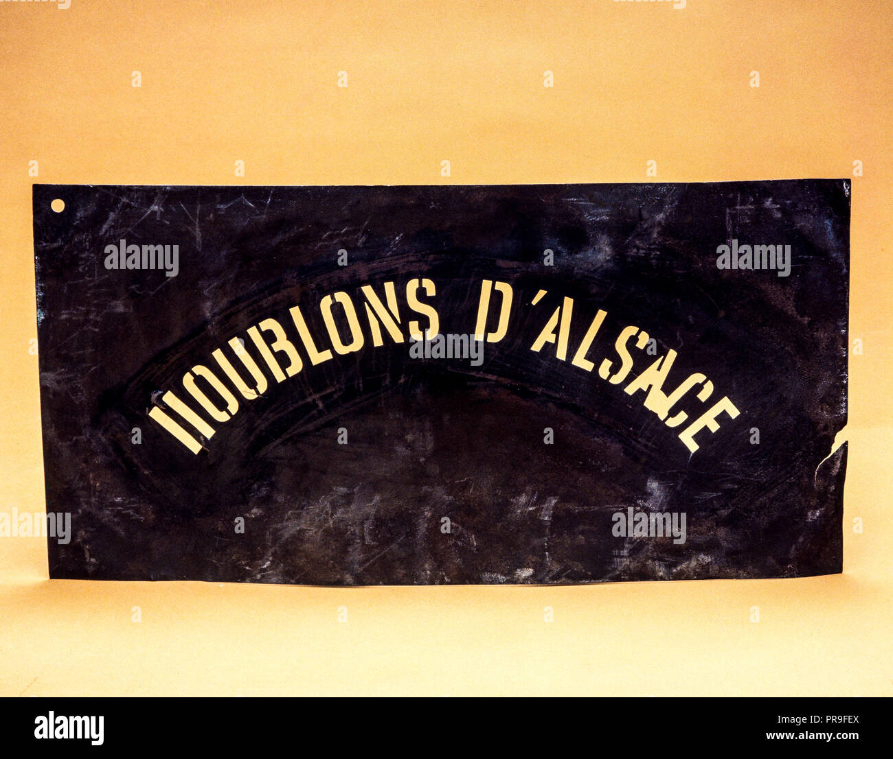 Stencil used for lettering hop bags, Houblons d'Alsace, hops from Alsace, origin name, France, Europe, - Stock Image