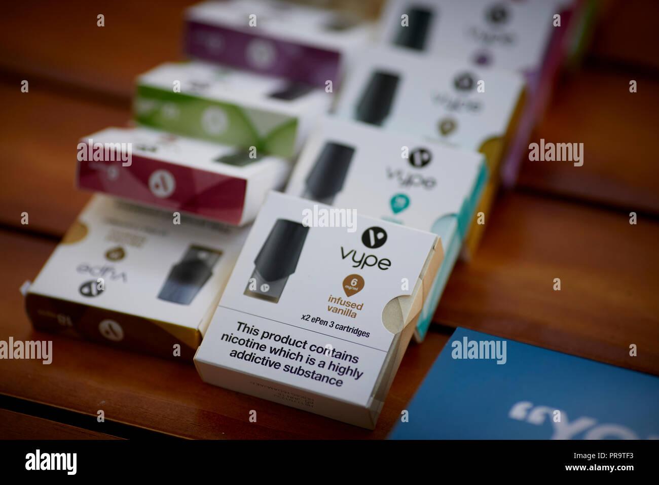 smoking Vape ePen 3 boxes packaging - Stock Image