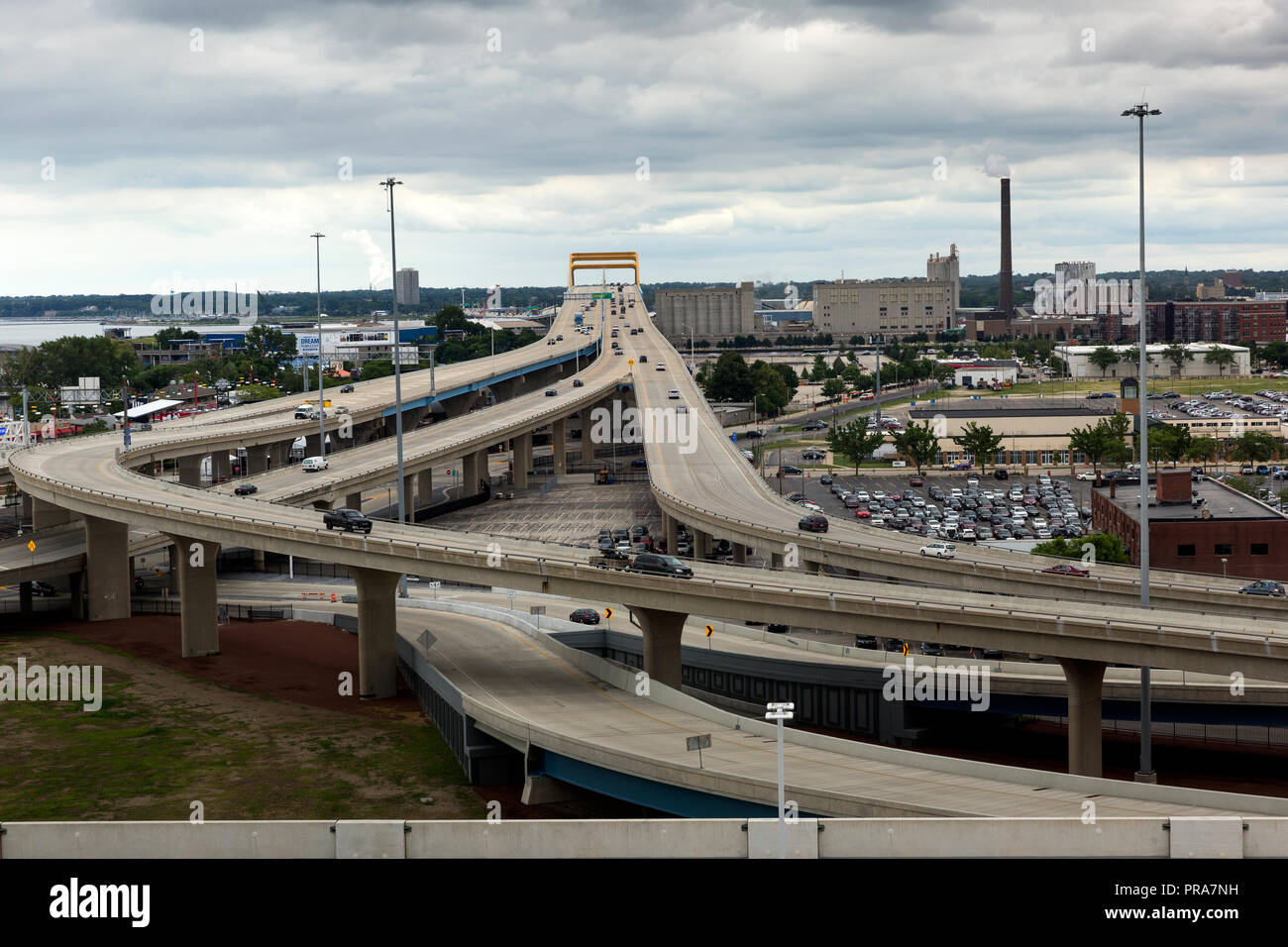 View of the Daniel Hoan Memorial Bridge that connects Interstate 794 in downtown Milwaukee, Wisconsin, to the Lake Freeway across the Milwaukee - Stock Image