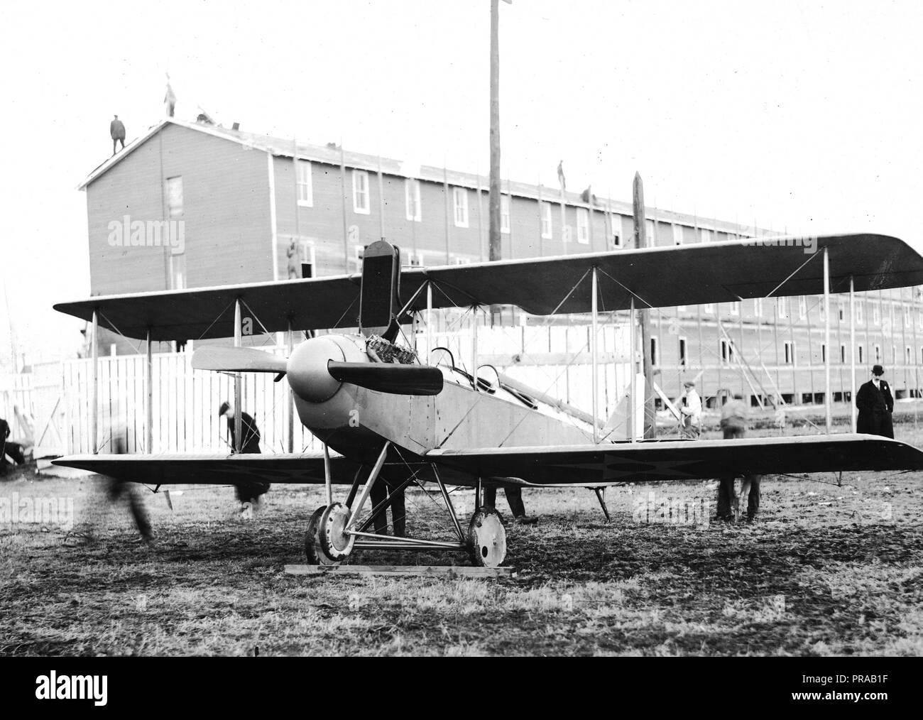1917-1922 Types of airplanes. J.R 2, Standard Aero Corp., Elizabeth, N.J - Stock Image