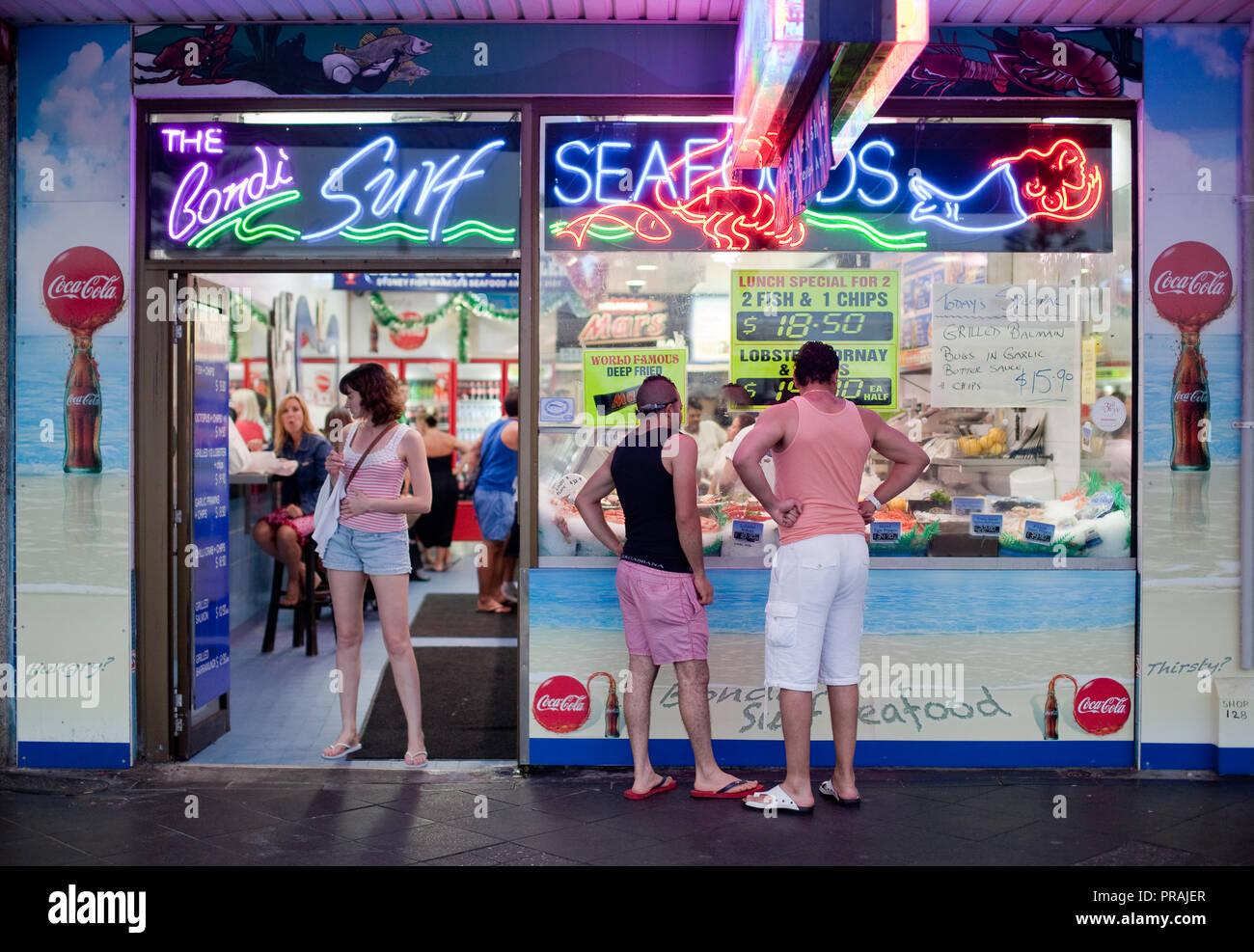 The Bondi Surf Seafoods fish & chippery on Campbell Parade, Sydney, Australia. - Stock Image