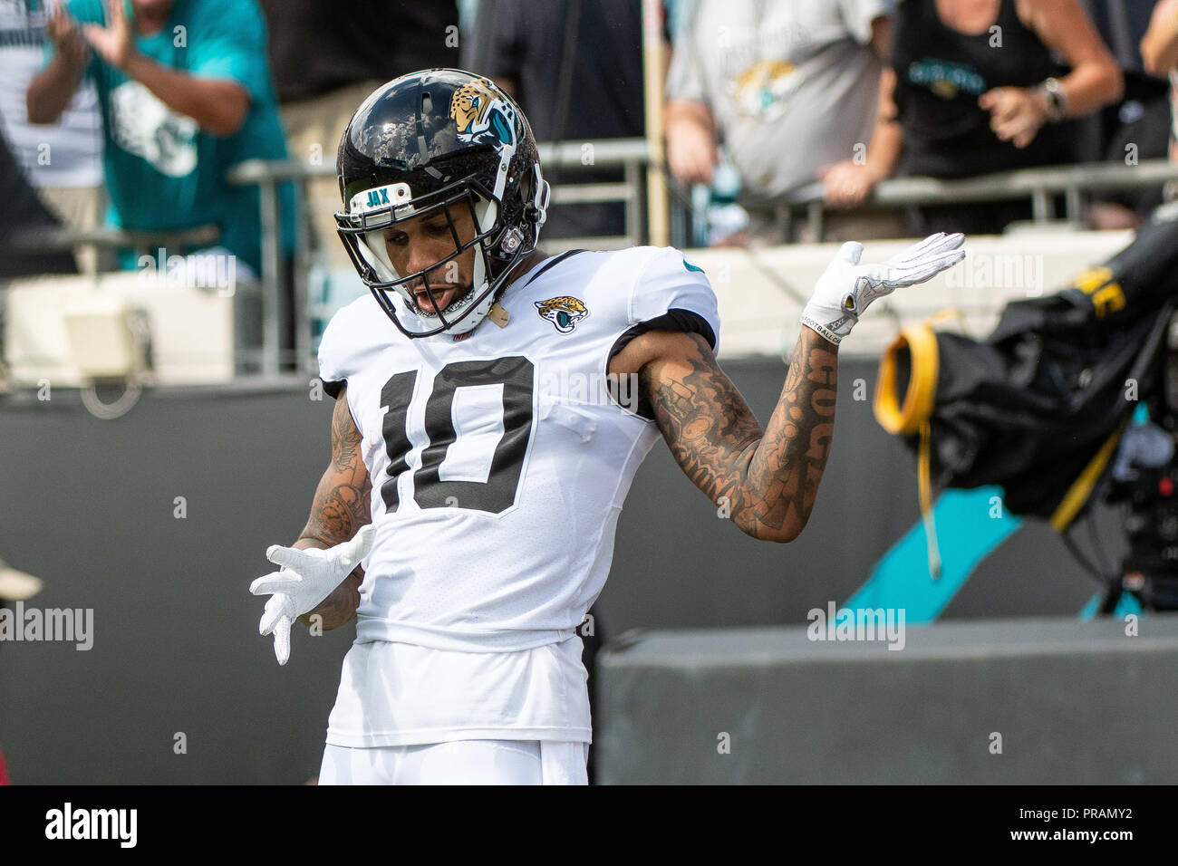 newest 0d3c8 98fe3 Jacksonville, FL, USA. 30th Sep, 2018. Jacksonville Jaguars ...