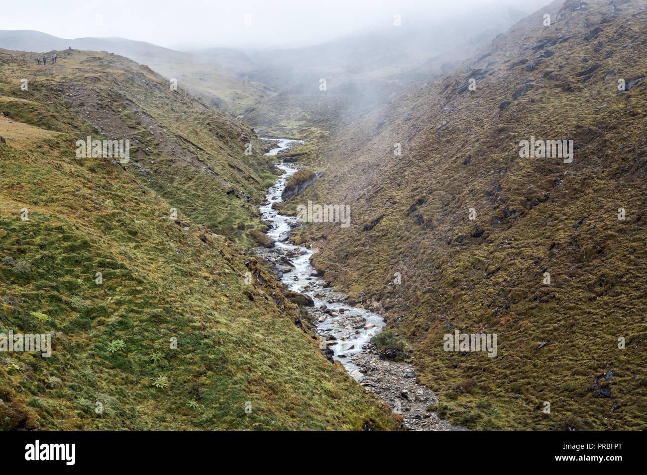 Small river on the way to Nyile La pass, Thimphu District, Snowman Trek, Bhutan Stock Photo
