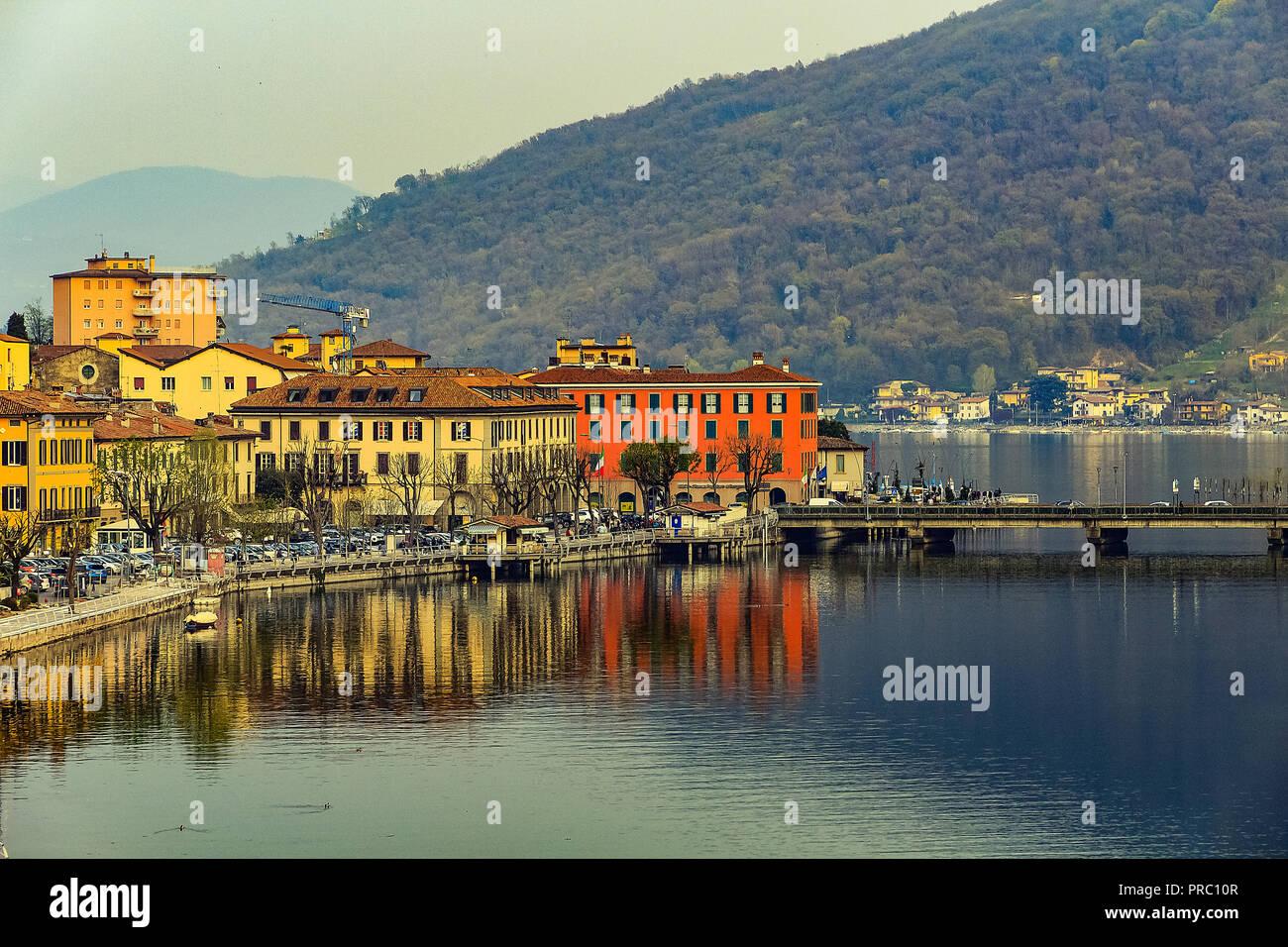 Iseo lake reflection - Stock Image