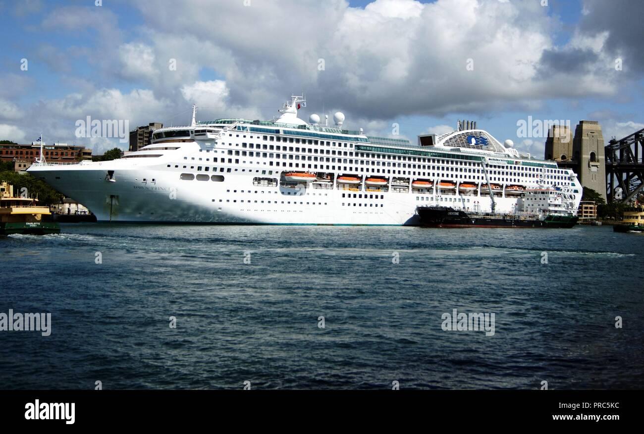 Princess Cruises  cruise vessel Dawn Princess berthed at Sydney Overseas Passenger Terminal, The Rocks, Sysney, NSW - Stock Image