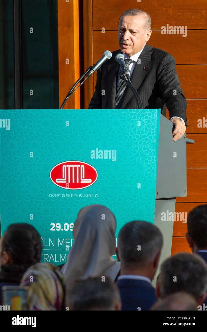 Die Ditib-Grossmoschee in Koeln-Ehrenfeld wurde am Samstagnachmittag (29.09.2018) im Beisein des tuerkischen Staatspraesidenten Recep Tayyip Erdogan ( - Stock Image