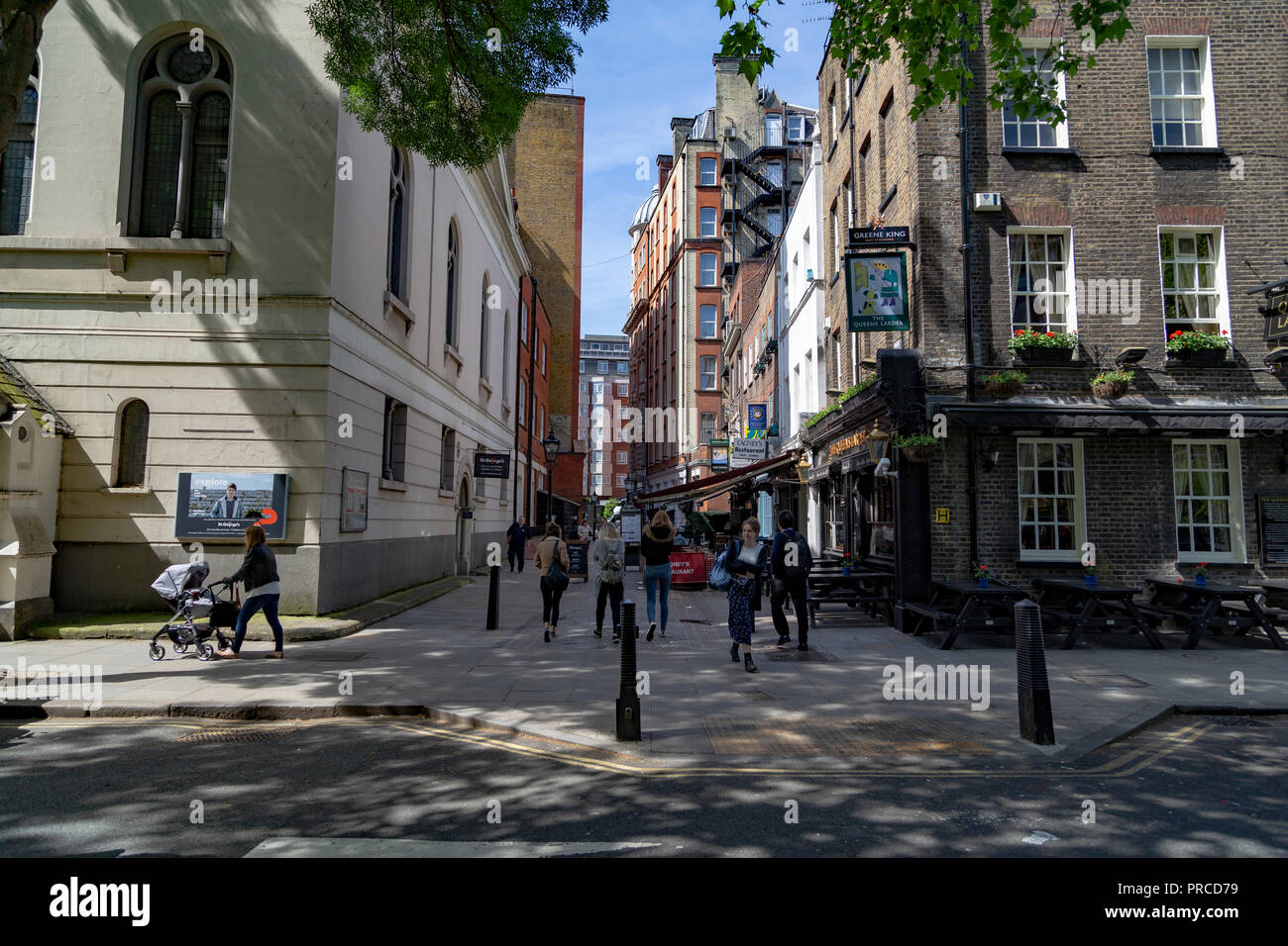 The Queens Larder Pub, Cosmo Place, Bloomsbury, London, UK - Stock Image