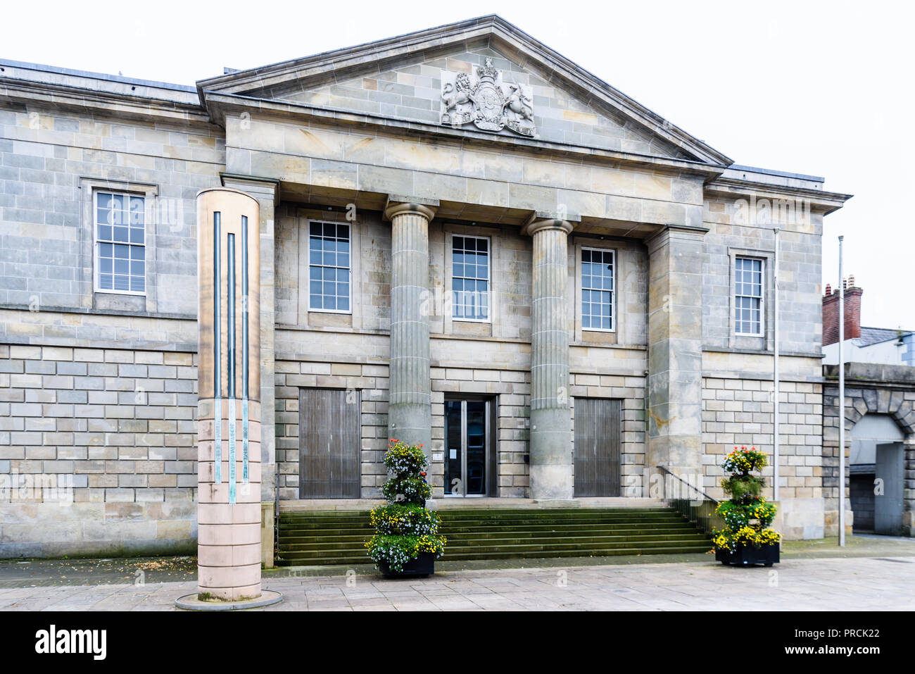 Monaghan Court House, Monaghan Town, County Cavan, Ireland. - Stock Image