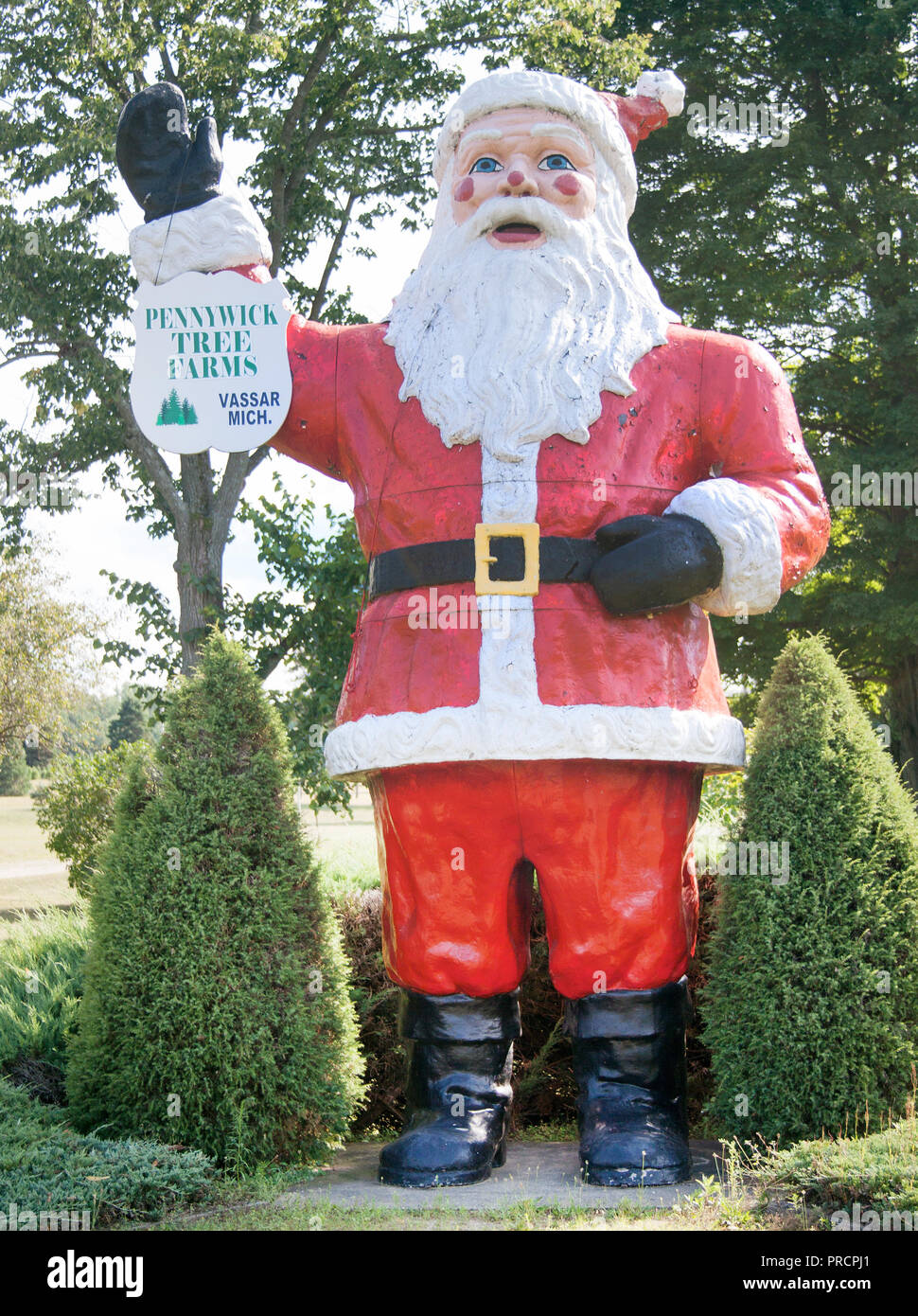 Christmas Michigan.Santa Claus At A Christmas Tree Farm In Frankenmuth