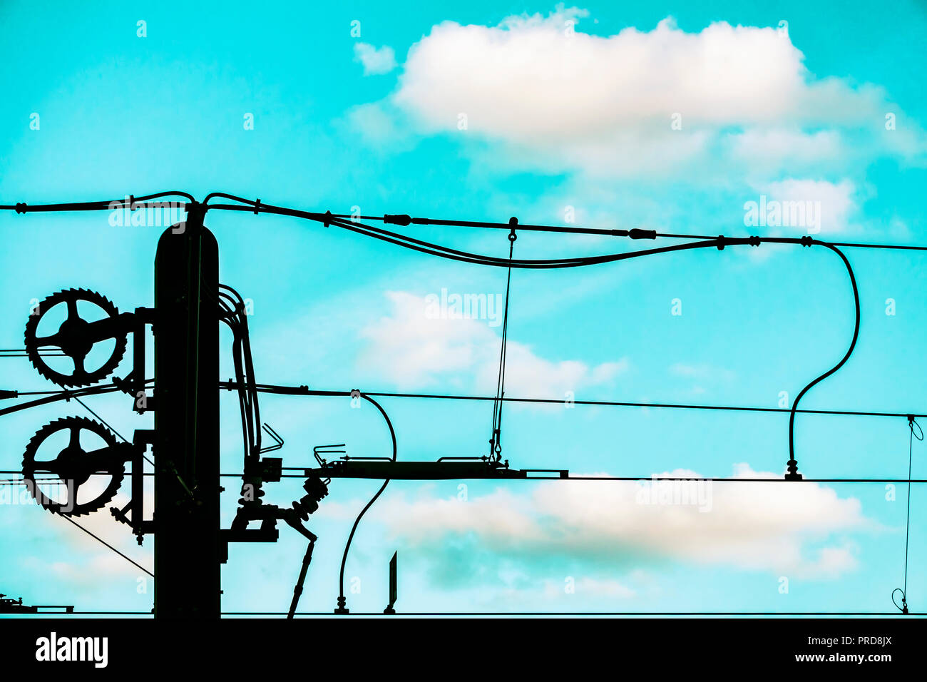 Overhead Wire Stock Photos & Overhead Wire Stock Images - Alamy