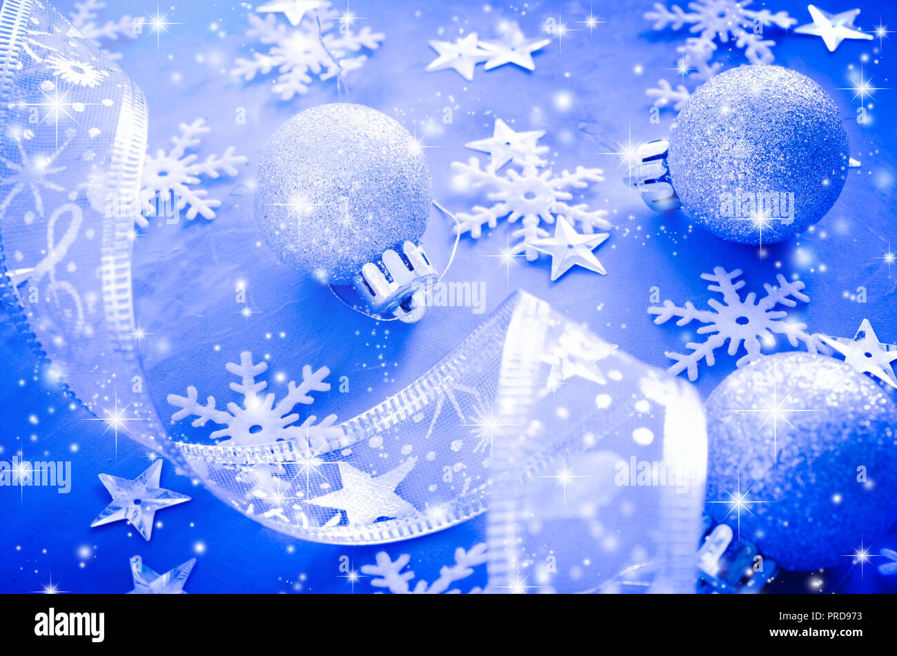 blue christmas background christmas postcard with snow effect curly ribbon with decorative balls and snowflakes xmas decorations christmas postcar stock photo alamy https www alamy com blue christmas background christmas postcard with snow effect curly ribbon with decorative balls and snowflakes xmas decorations christmas postcar image220954135 html