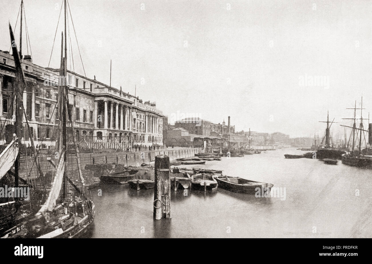 The Thames and Custom House, London, England.  From The Business Encyclopedia and Legal Adviser, published 1920. - Stock Image