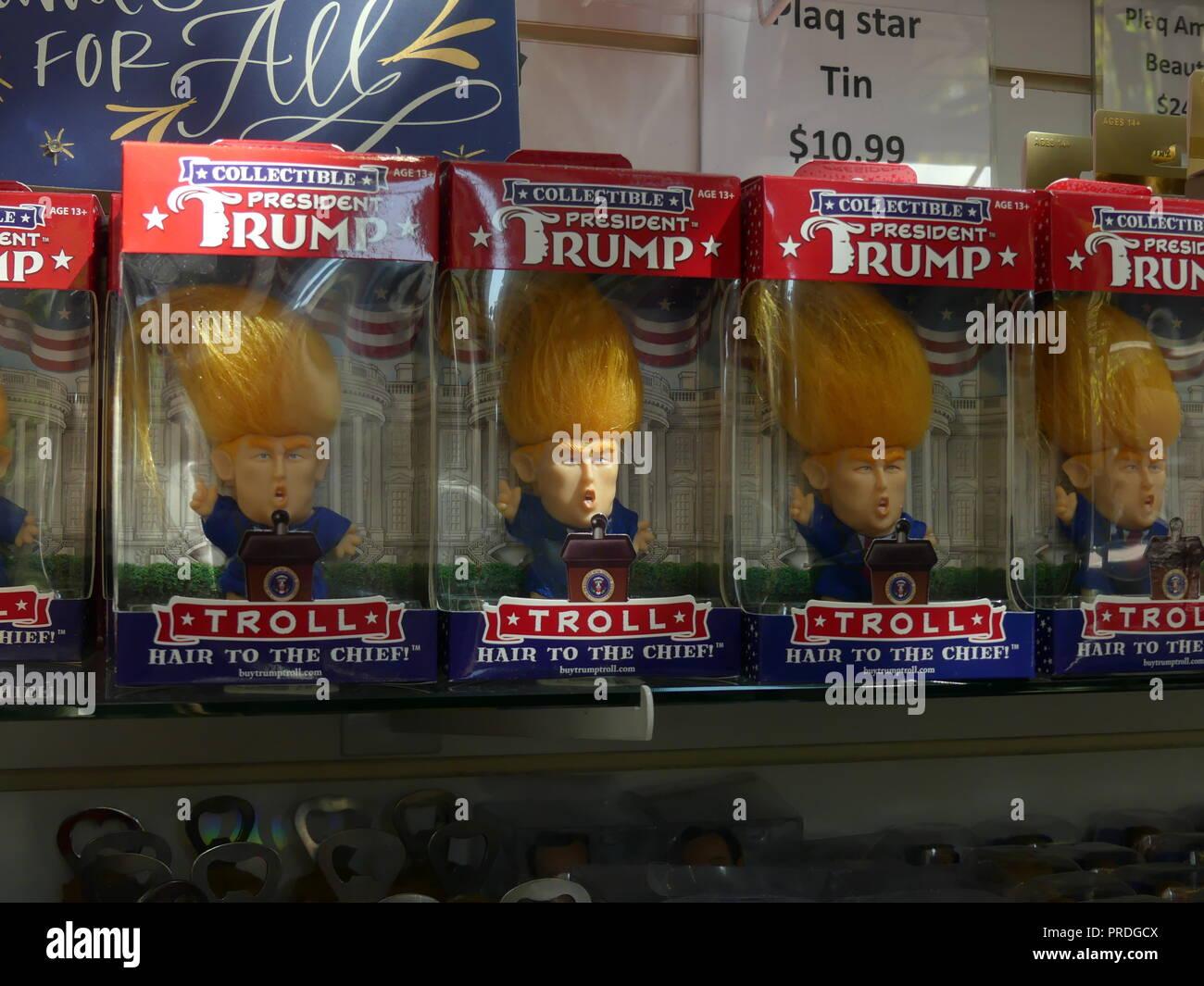 PRESIDENT DONALD TRUMP MEMORABILIA in a Washington, D.C. store. Photo: Tony Gale - Stock Image
