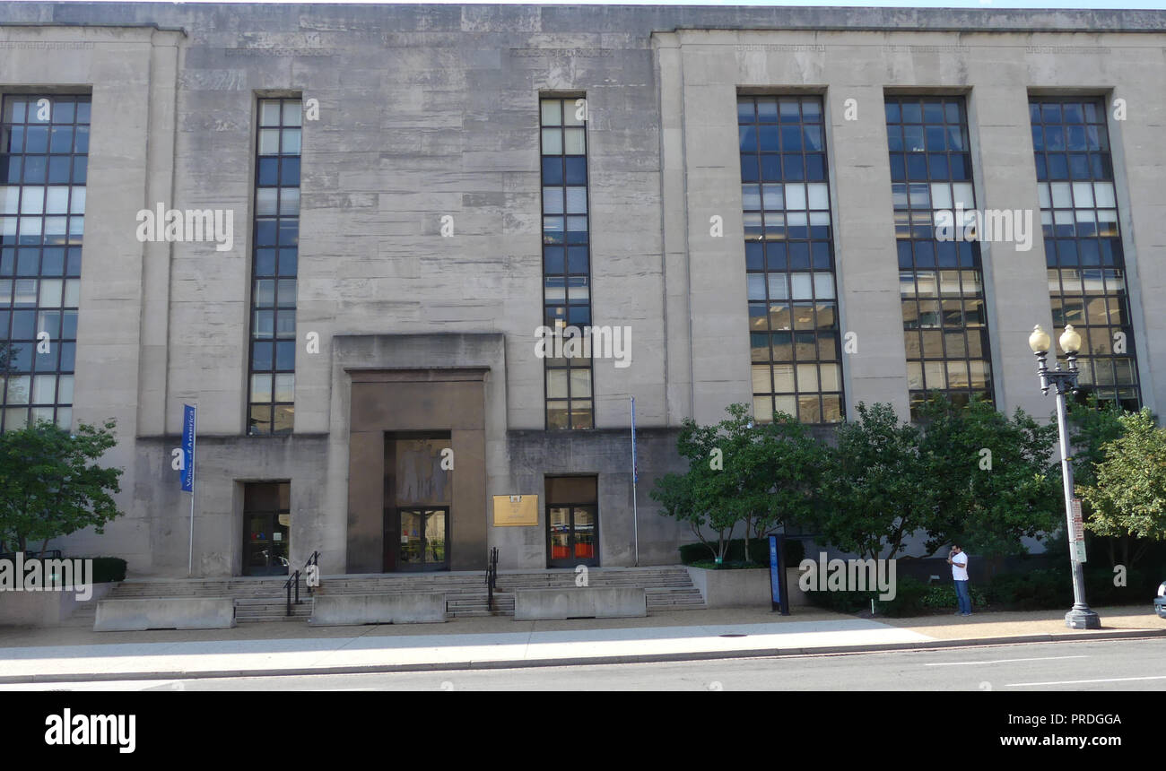 VOICE OF AMERICA HQ at the Wilbur J. Cohen Federal  Building in Washington, D.C. Photo: Tony Gale - Stock Image