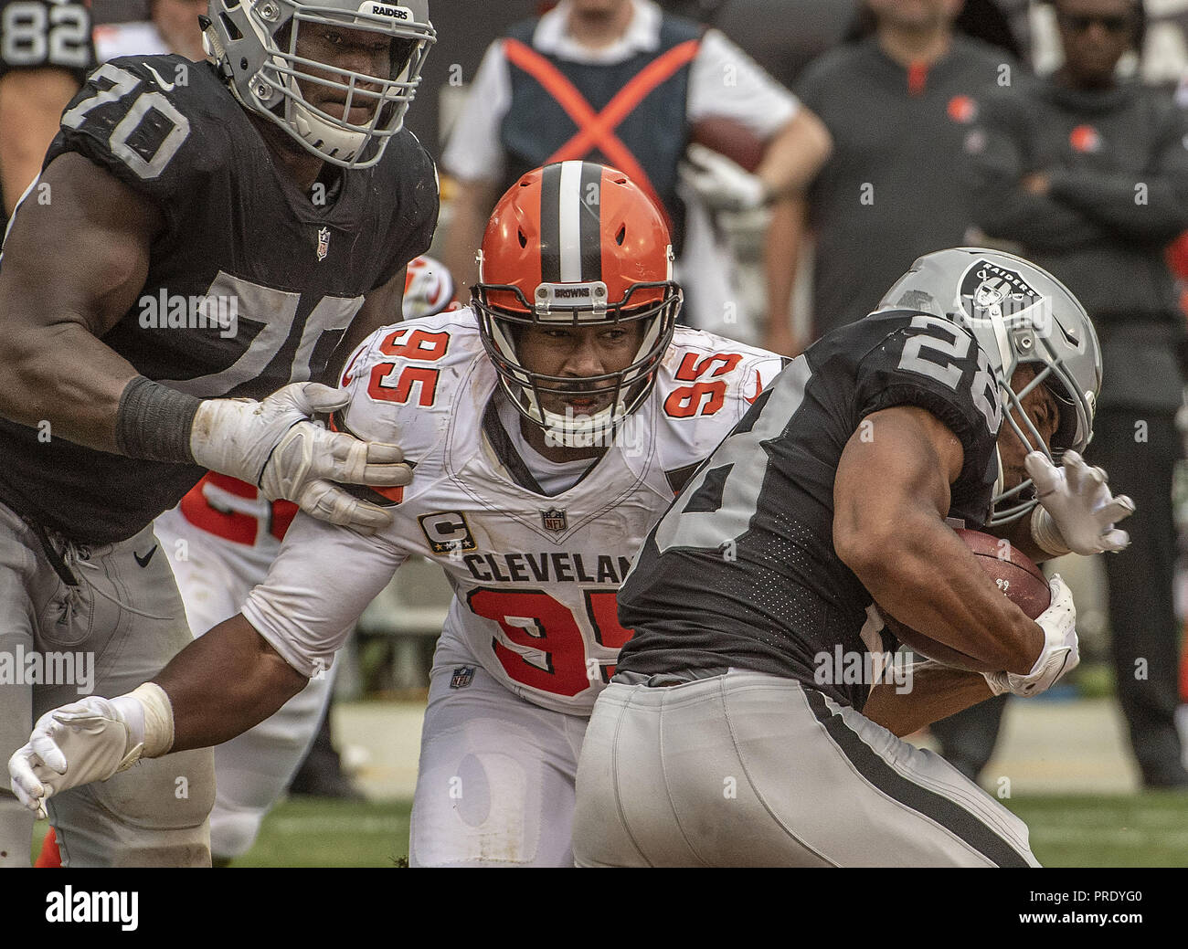Oakland, California, USA. 30th Sep, 2018. Cleveland Browns defensive end Myles