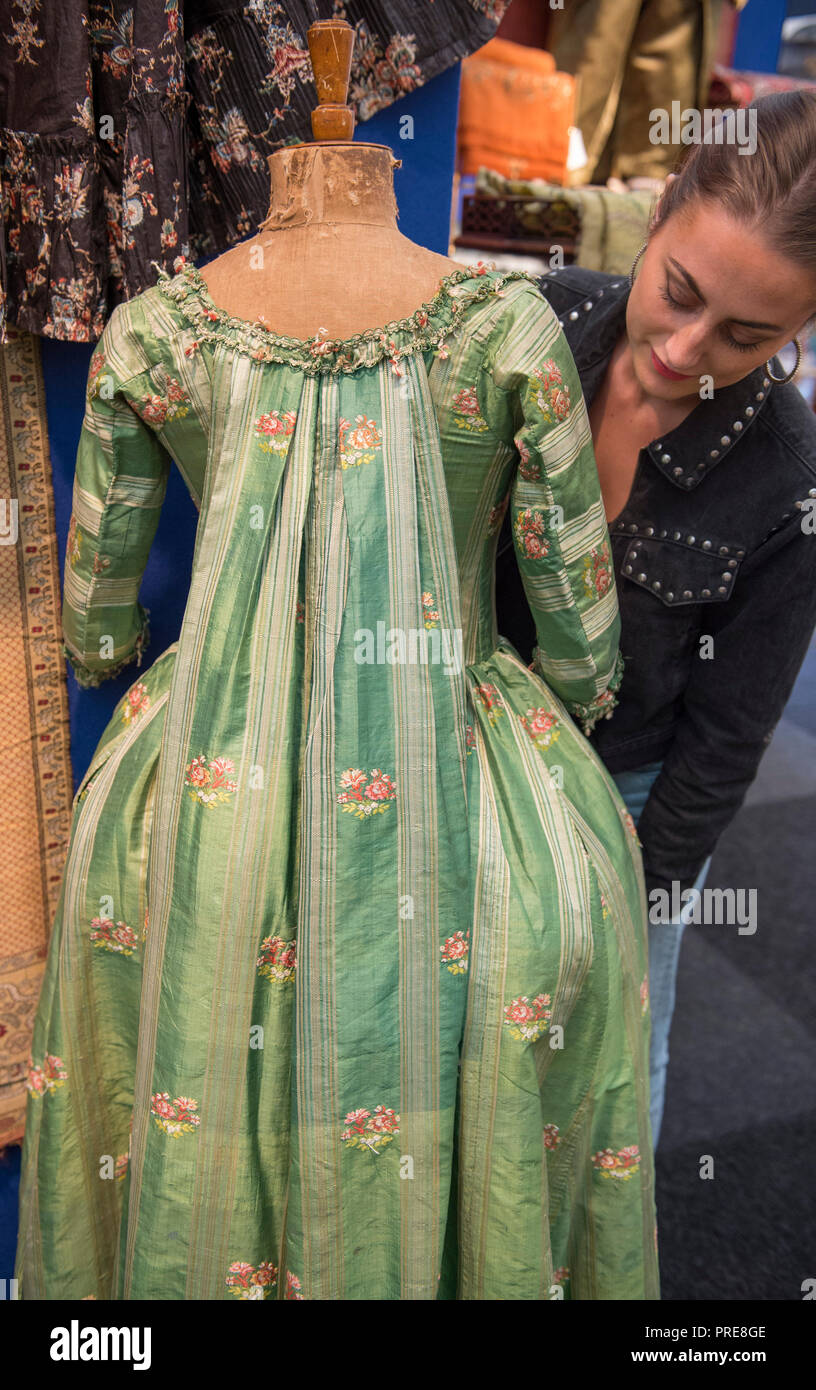 26c2f13fb04 French Dress Stock Photos   French Dress Stock Images - Alamy