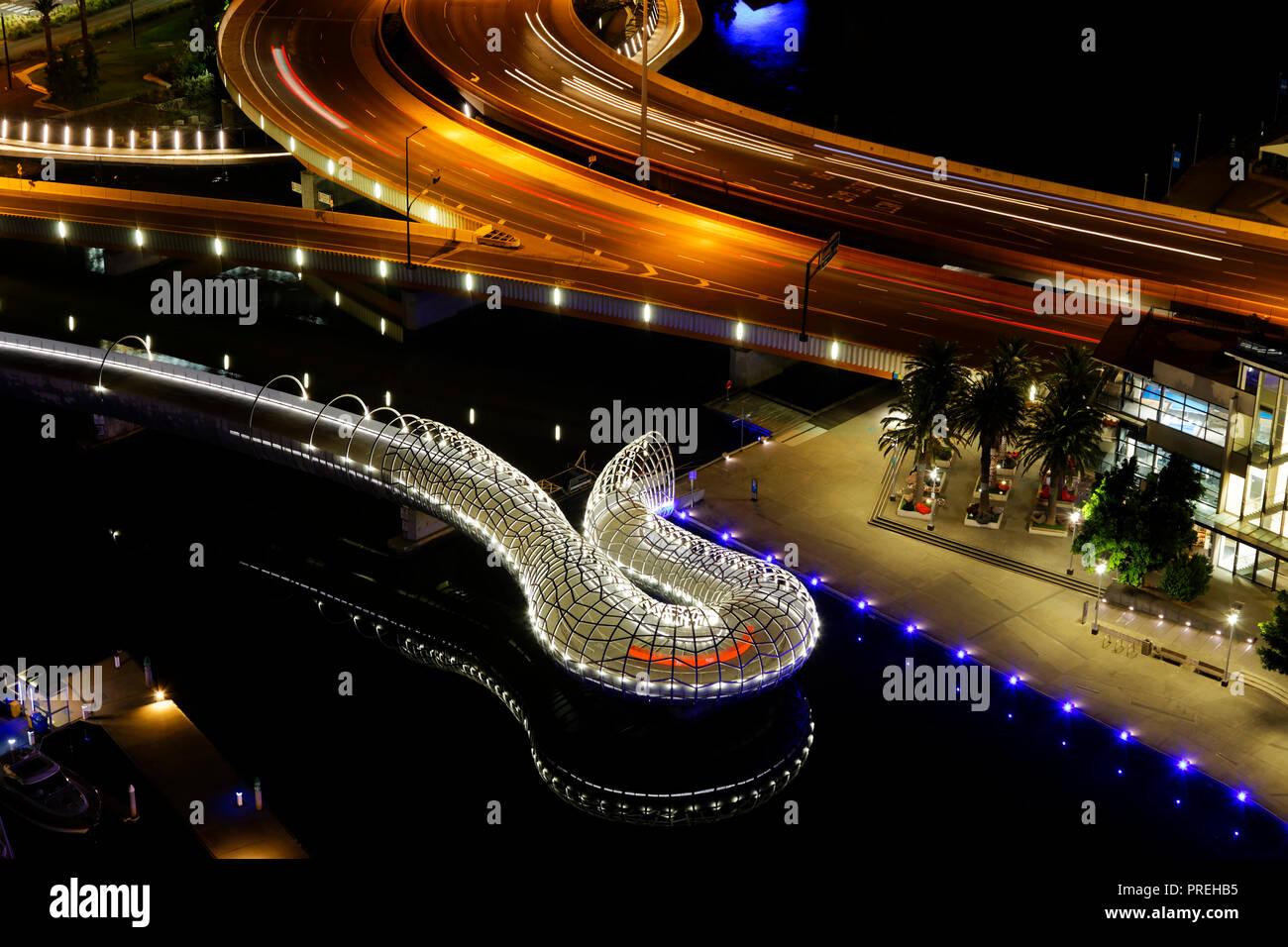 Night Webb Bridge, Docklands, Melbourne City, CBD, Melbourne - Stock Image