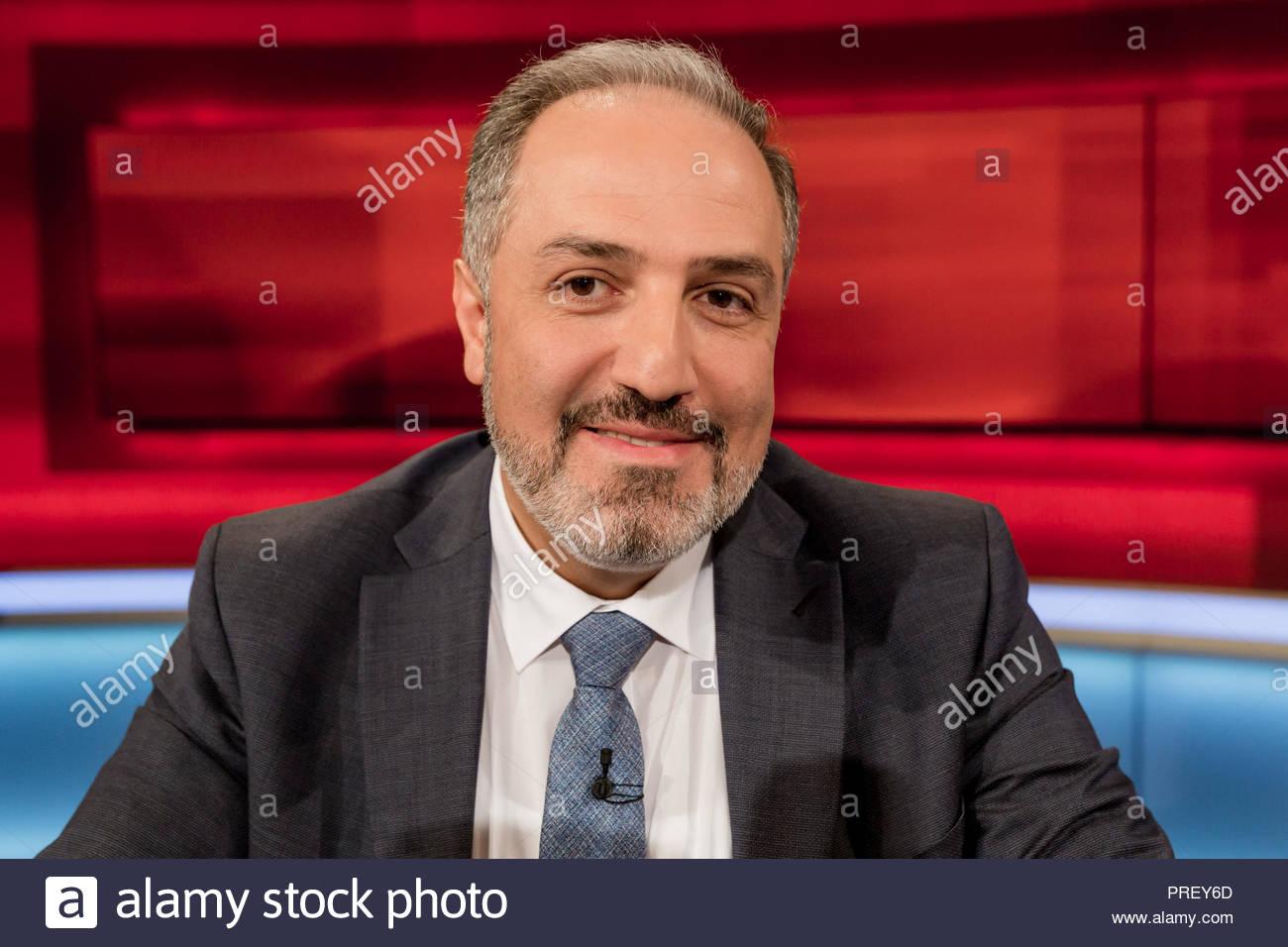 Mustafa Yeneroğlu, AKP-Abgeordneter der Großen Nationalversammlung der Türkei im Fernsehstudio bei Hart aber fair im Studio Adlershof in Berlin. - Stock Image