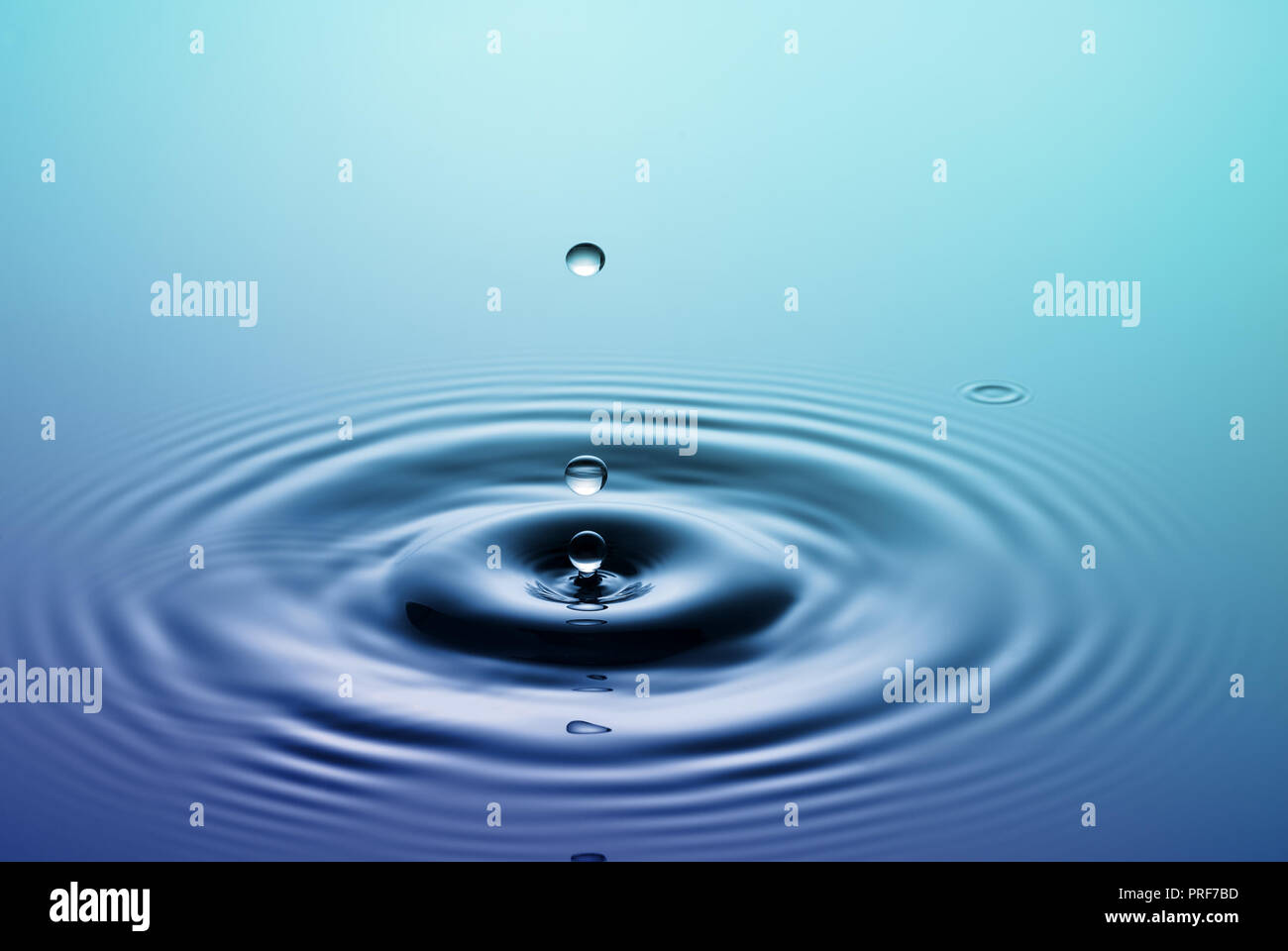 Water Splash Falling Drop Of Rain Stock Photo Alamy