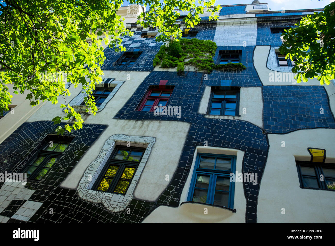 The quirky exterior of the Kunst Haus museum in the Landstraße district of the , Vienna. Dedicated to the art of Friedensreich Hundertwasser Stock Photo
