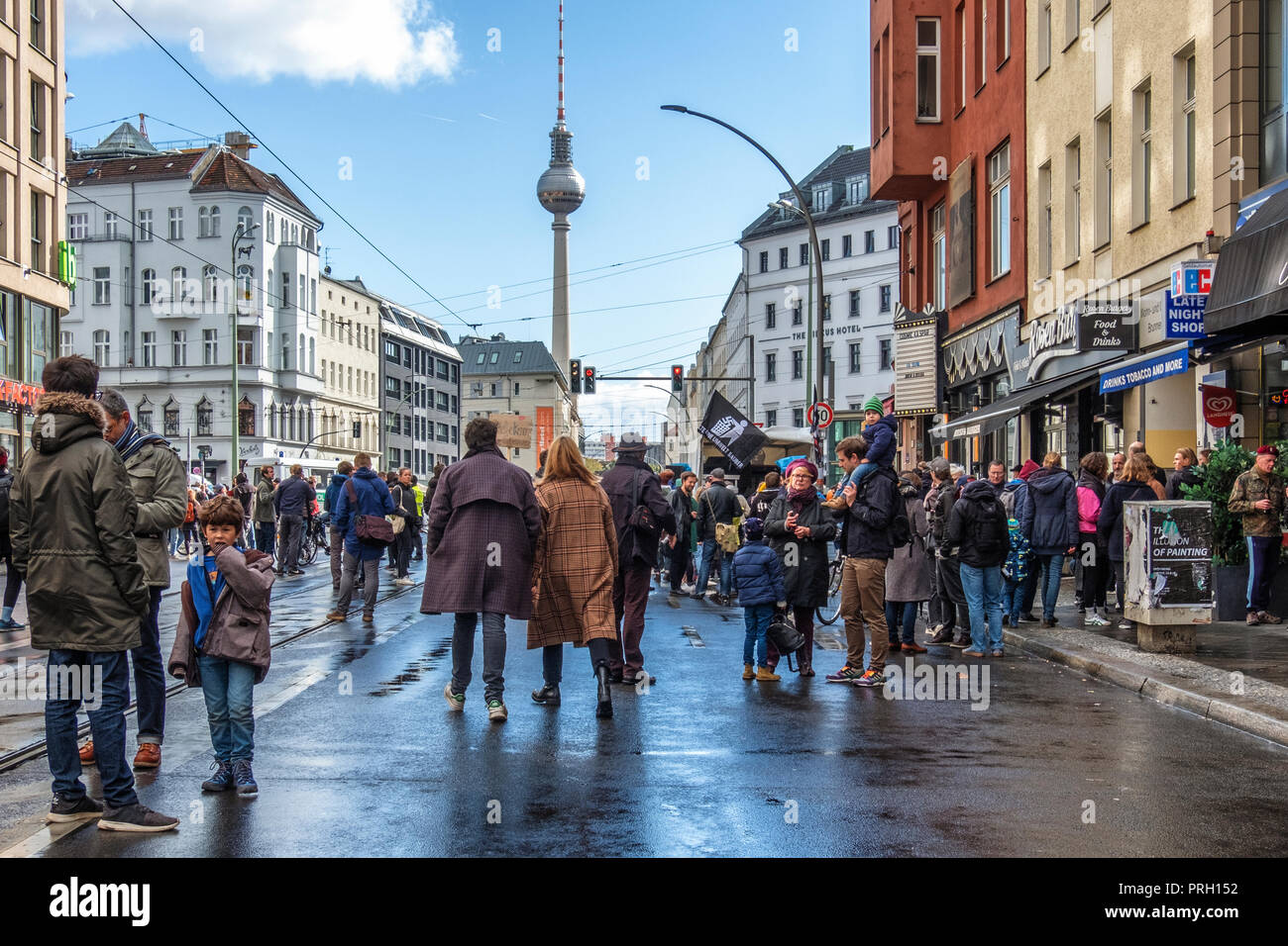 Berlin, Mitte, Germany 3 October 2018. Club scene activists protest against a planned right-wing extremist demonstration on the German Day of Unity. The protesters gathered at Rosenthaler Platz to stage a stationery rave under the slogan 'Dance against the Right' (Tanzen gegen Rechts) The protest was planned to counter the  planned right-wing extremist organization 'Wir für Deutschland (WFD)' march from Hauptbahnhof through the centre of Berlin using the slogan 'Day of the Nation' Credit: Eden Breitz/Alamy Live News - Stock Image