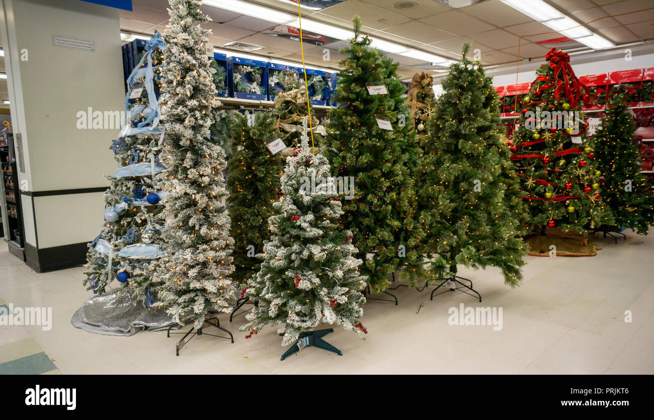 A KMart store in New York gets an early start for Christmas on ...