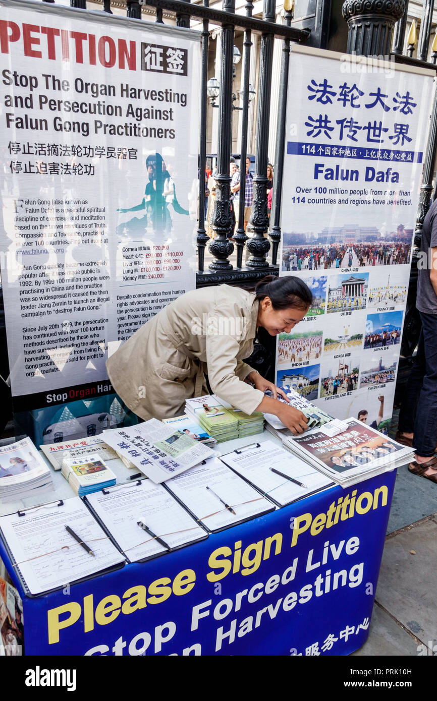 London England United Kingdom Great Britain Bloomsbury Falun Gong Dafa Chinese Communist Party persecution of practitioners political protest live org - Stock Image
