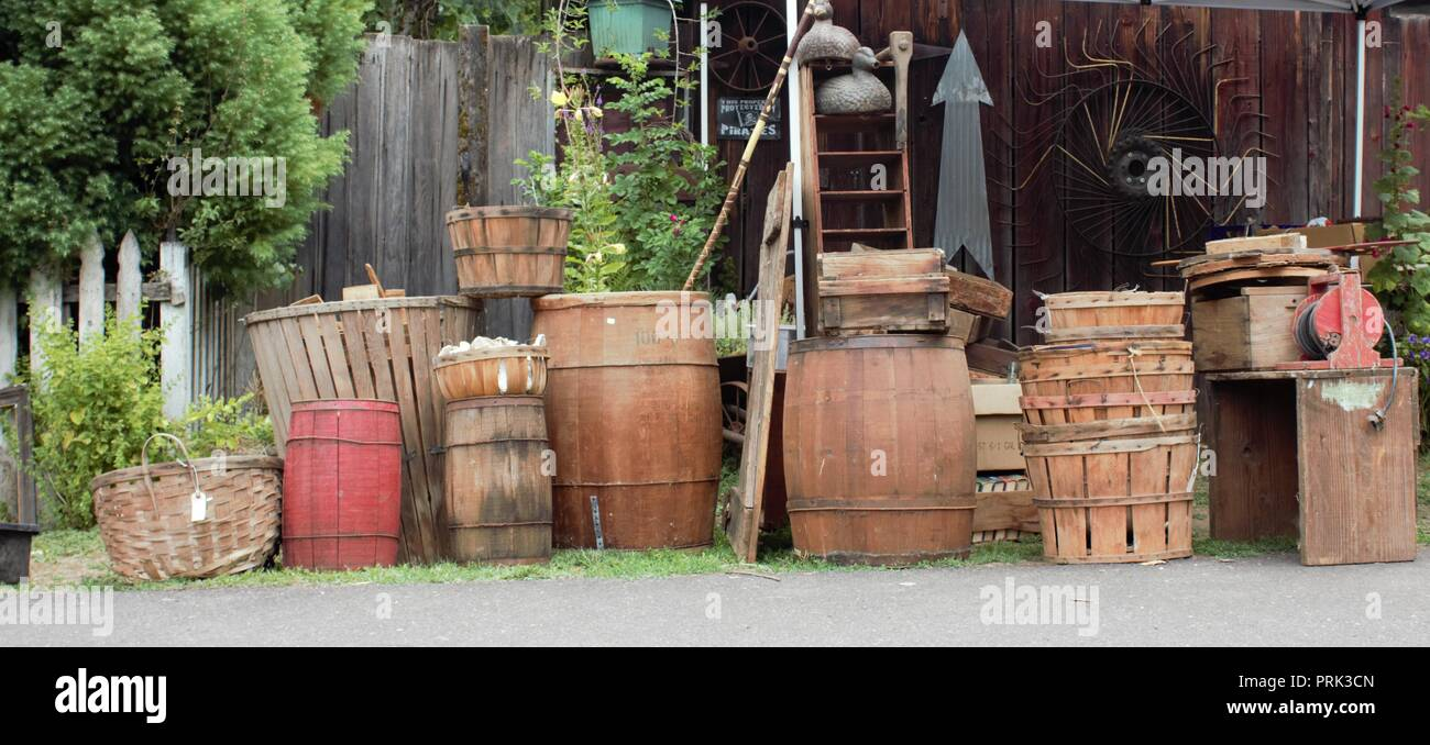 Primitive antiques for sale in Brownsville, Oregon U.S.A.. - Stock Image