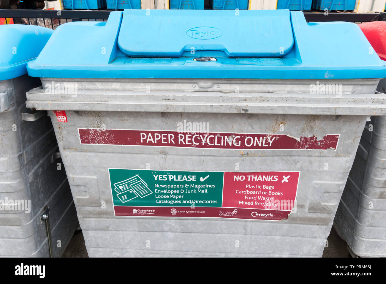 Paper Recycling Bin at the Campground waste and recycling centre in Wrekenton, Gateshead, England, UK - Stock Image