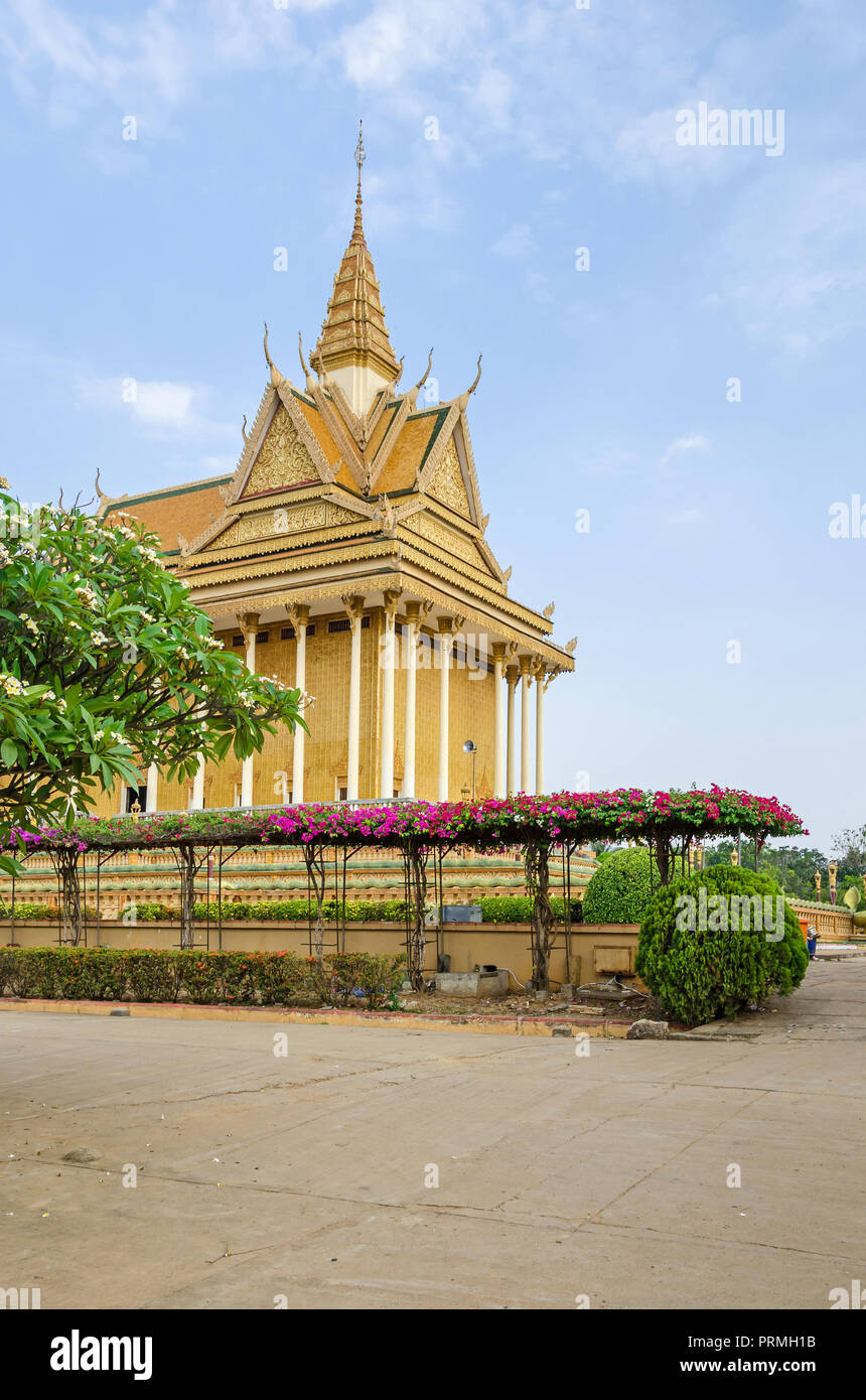 Phnom udong stock photos phnom udong stock images alamy for Lotus garden meditation center