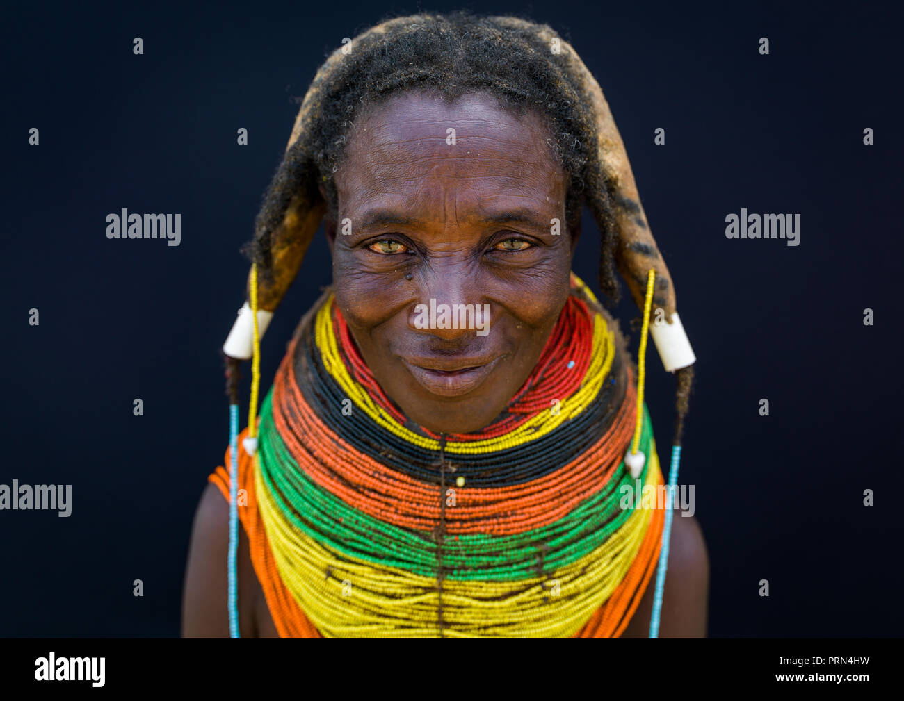 Portrait of a Mumuhuila tribe woman, Huila Province, Chibia, Angola Stock Photo