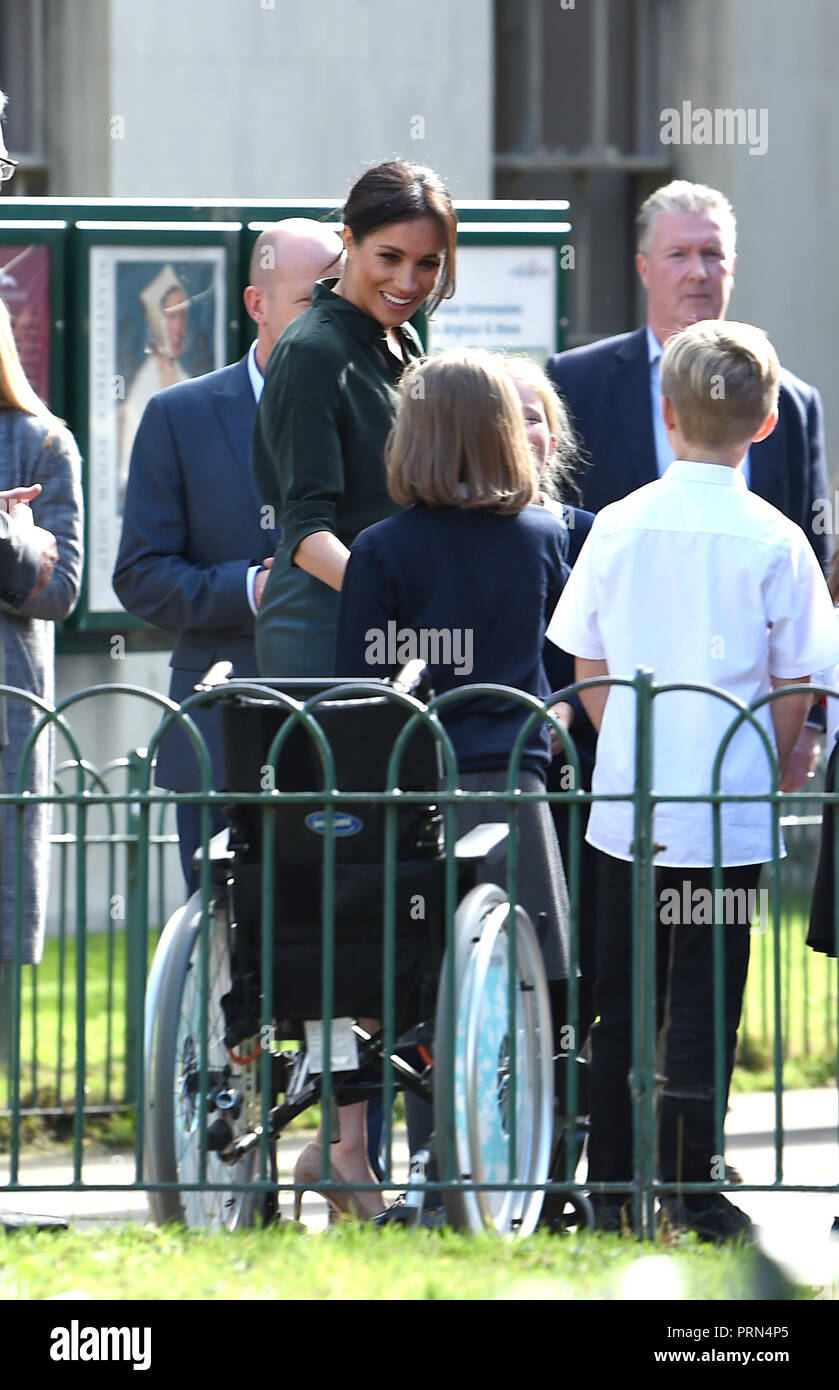 Brighton UK 3rd October 2018 - The Duchess of Sussex arrives at the Royal Pavilion in Brighton today as part of their first visit to the county where they have been to Chichester and Bognor as well as Brighton Credit: Simon Dack/Alamy Live News Stock Photo