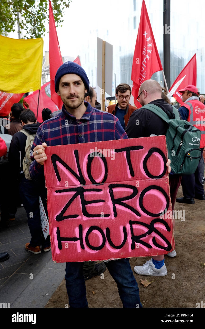 London, UK, 4th October 2018. McDonald's, wetherspoons, TGI Fridays alongside Delivroo and Uber eats riders rally in Leicester Square, demanding better working conditions, and £10 an hour. Credit: Yanice Idir / Alamy Live News - Stock Image