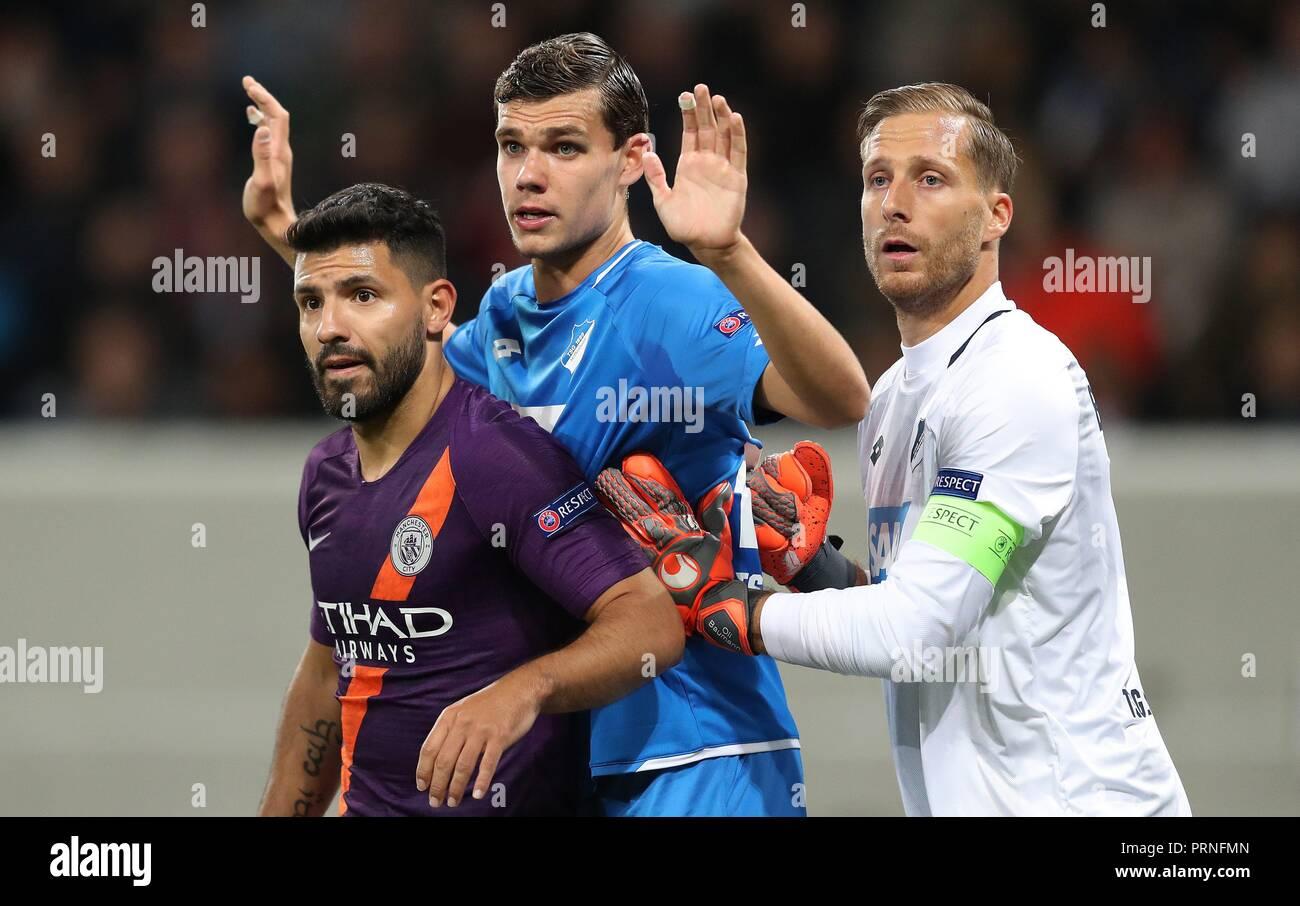 firo: 02.10.2018 Football, Football, Champions League: TSG Hoffenheim - Manchester City 1: 2 duels Oliver Baumann versus Kun Aguero   usage worldwide - Stock Image