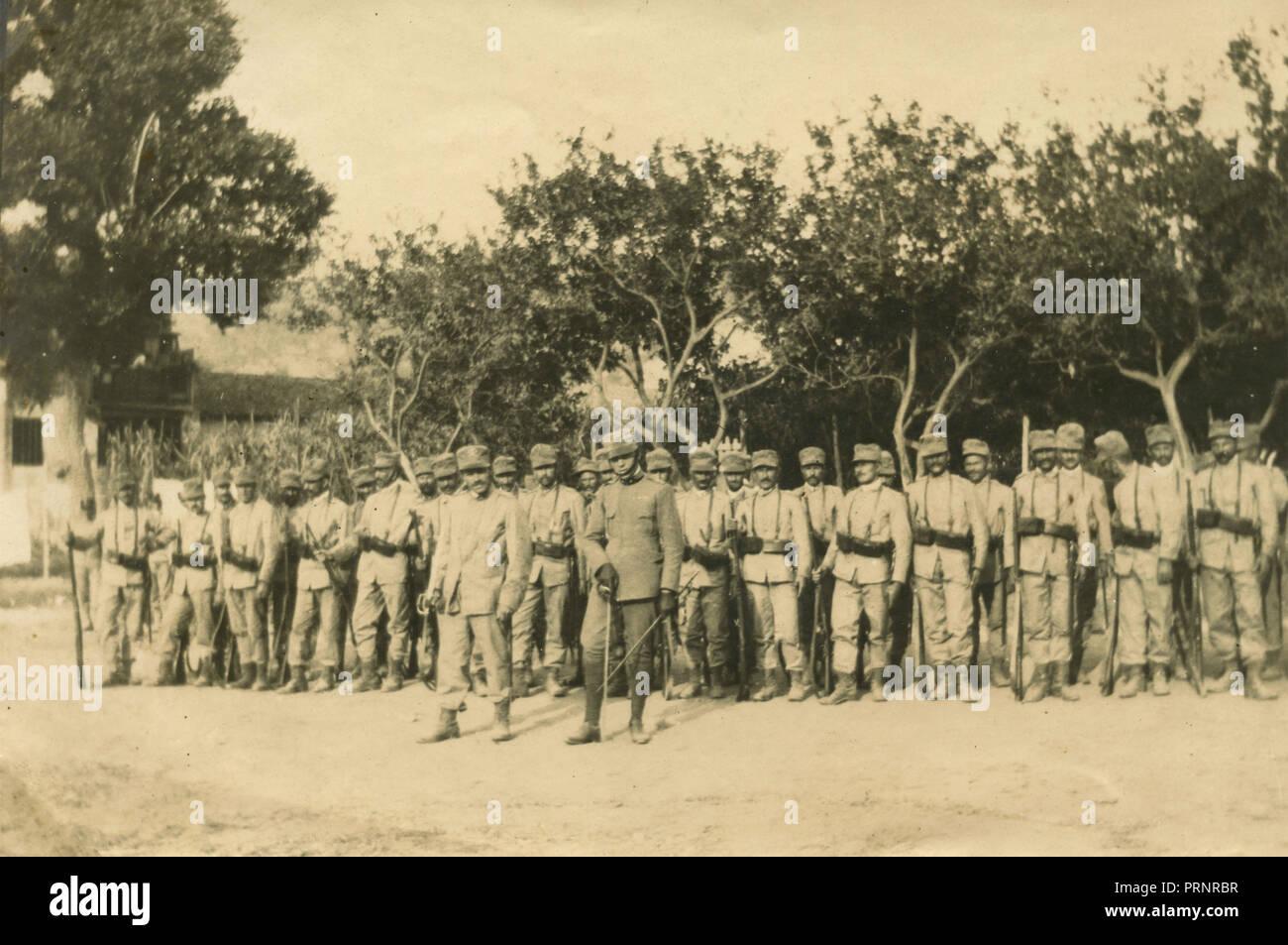 Italian Army platoon, 1910s - Stock Image