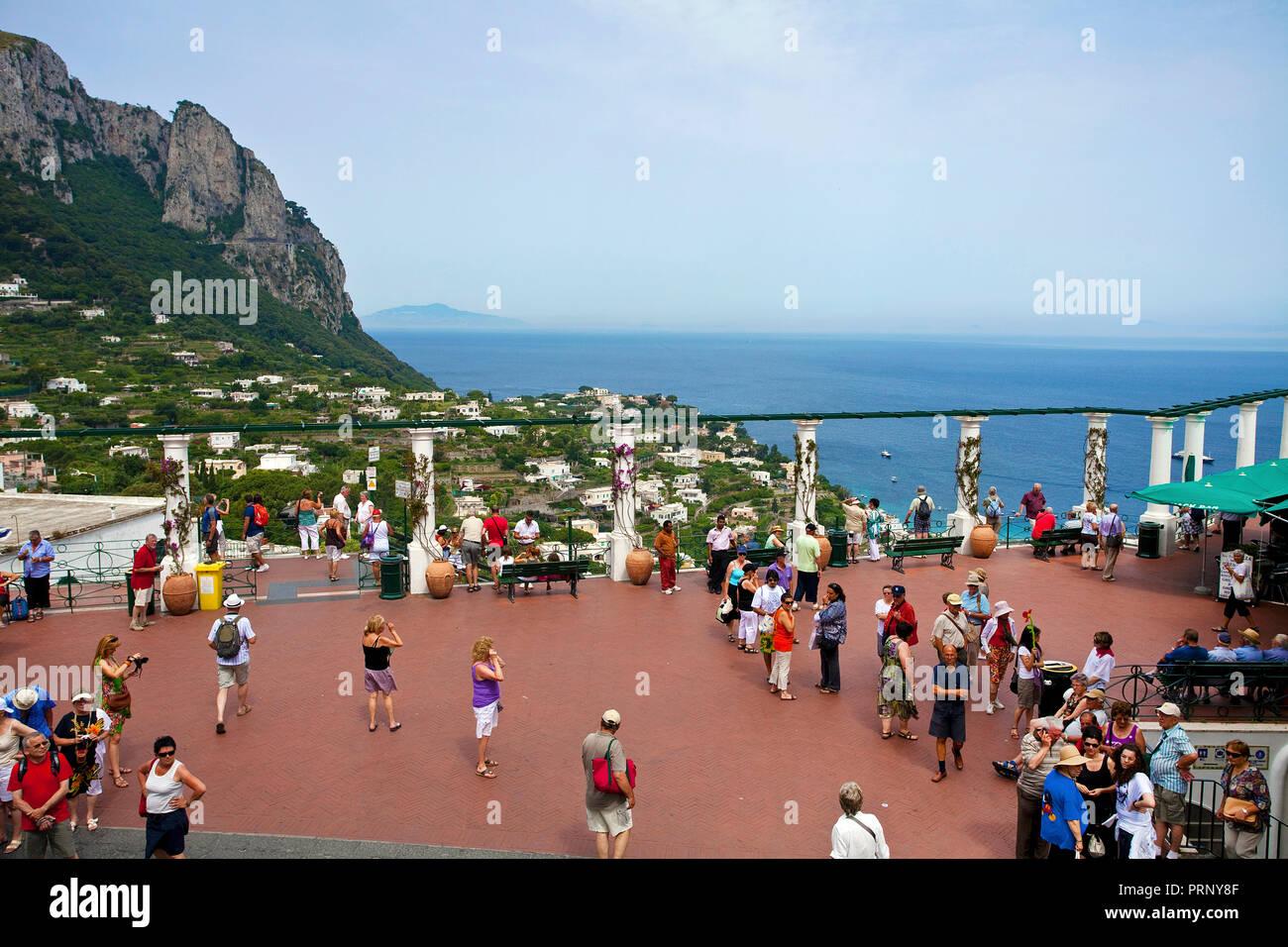 Tourists at panorama terrace, Piazza Umberto I, Capri island, Gulf of Naples, Campania, Italy - Stock Image