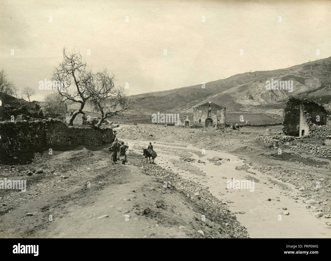 Sicilian countryside after the earthquake, Italy 1908 - Stock Image