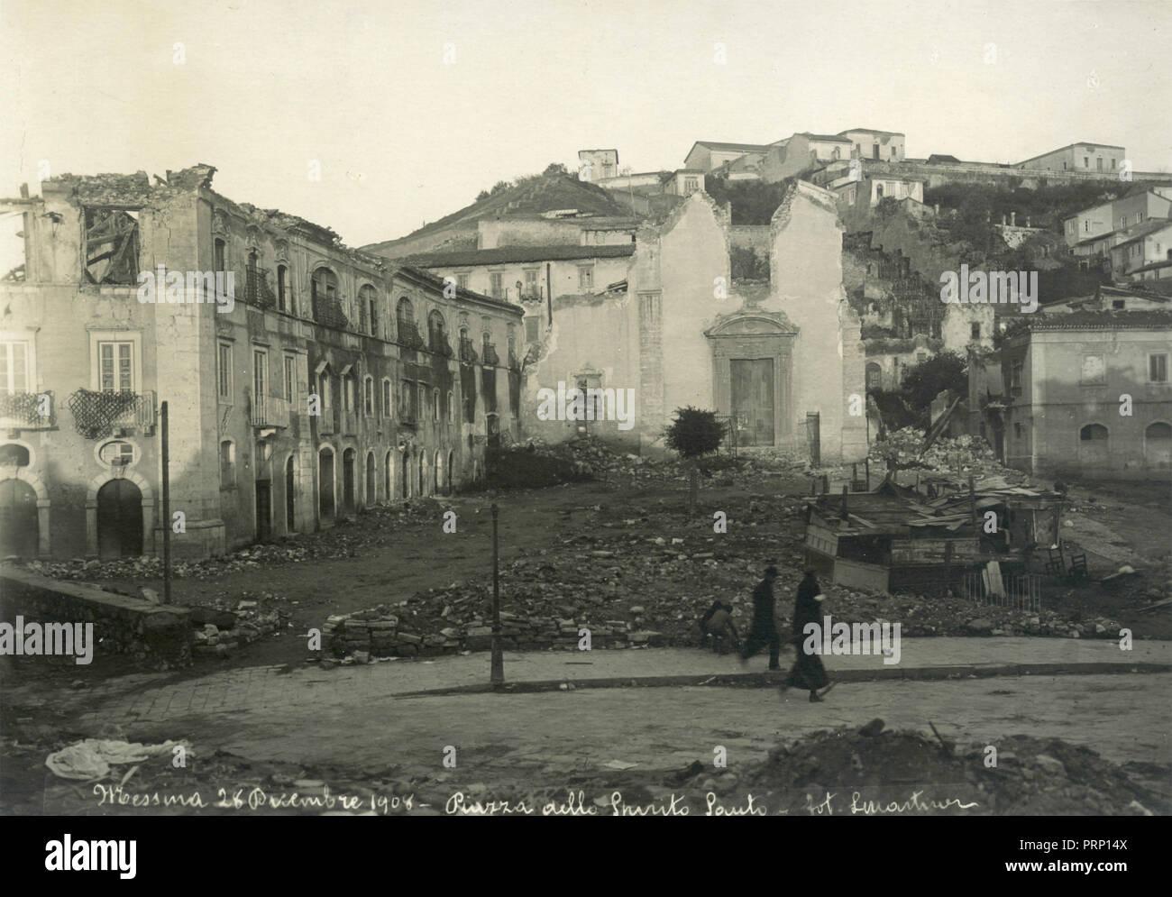 Piazza dello Spirito Santo after the heartquake, Messina, Italy 1908 - Stock Image