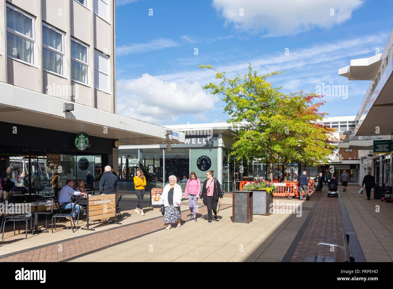 Yate Shopping Centre, Yate, Gloucestershire, England, United Kingdom - Stock Image