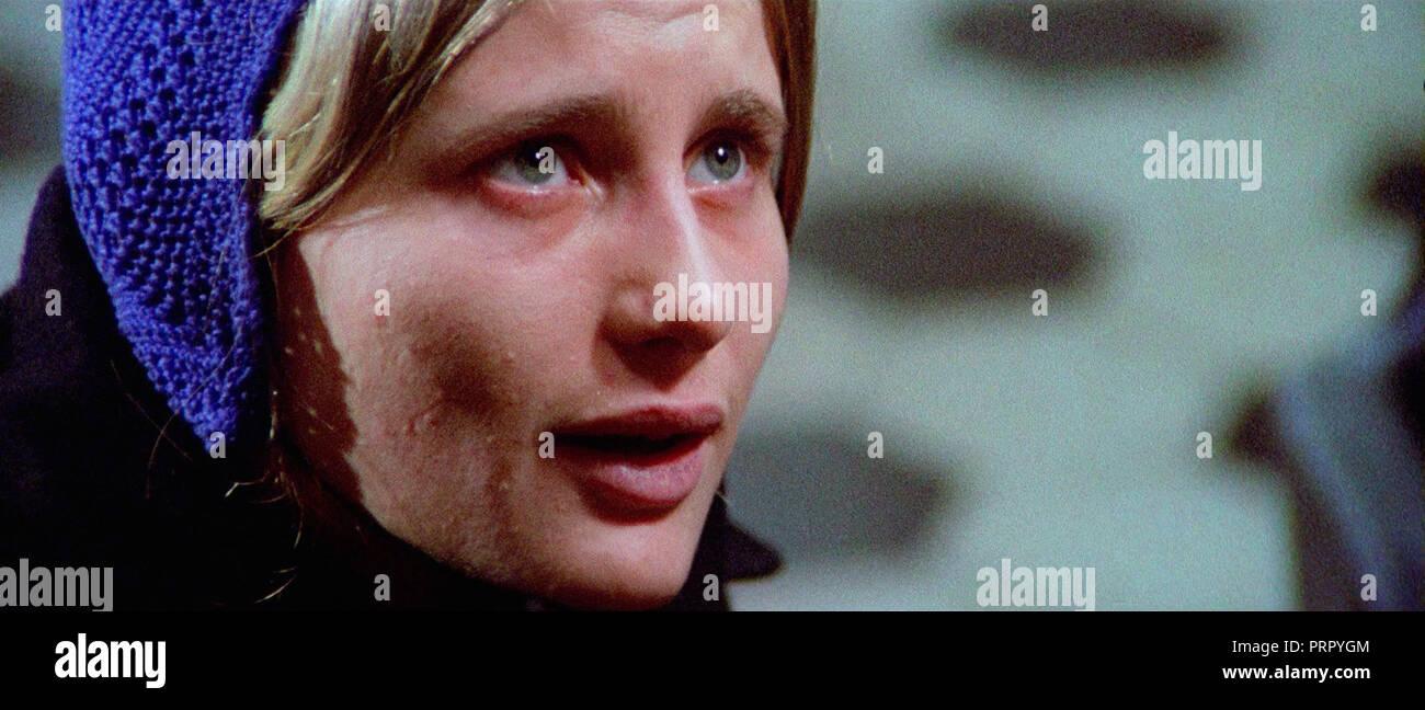 Prod DB © Primex Italiana / DR LA LAME INFERNALE (LA POLIZIA CHIEDE AIUTO) de Massimo Dallamano 1974 ITA. avec Renata Moar action; thriller; giallo; - Stock Image