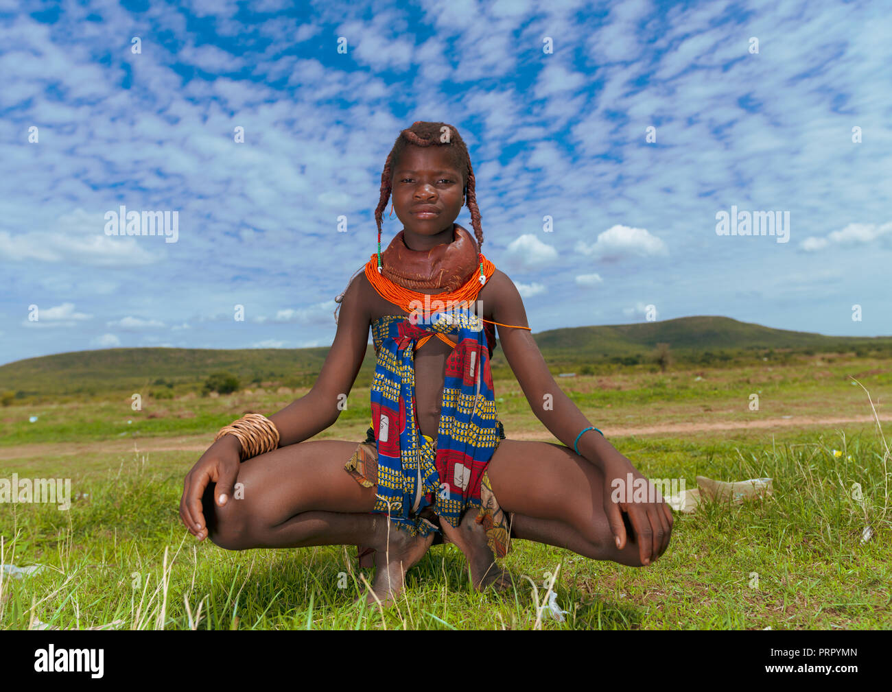 Portrait of a Mumuhuila tribe girl, Huila Province, Chibia, Angola Stock Photo